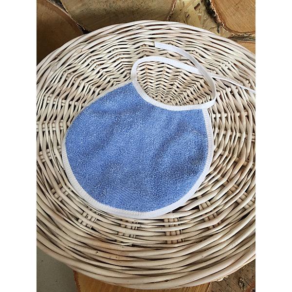 Фартук нагрудный, махровый, голубойНагрудники и салфетки<br>Характеристики:<br><br>• тип фартука: нагрудный:<br>• ткань: махра;<br>• основание: клеенка;<br>• тип крепления: текстильные завязки;<br>• цвет: фартук однотонный;<br>• размер: 20х20 см.<br><br>Нагрудный фартук GulSara пригодится на этапе введения прикорма, прорезывания зубов при сильном слюноотделение, во время кормления из бутылочки. Нагрудник махровый GulSara изготовлен из натурального материала. Клеенка препятствует просачиванию влаги на одежду малыша. <br><br>Фартук нагрудный, махровый, голубой можно купить в нашем интернет-магазине.<br><br>Ширина мм: 200<br>Глубина мм: 200<br>Высота мм: 10<br>Вес г: 50<br>Возраст от месяцев: 0<br>Возраст до месяцев: 6<br>Пол: Мужской<br>Возраст: Детский<br>SKU: 5465364
