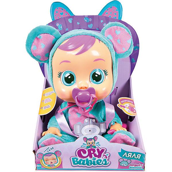 Плачущий младенец IMC Toys «Crybabies» ЛяляКуклы<br>Характеристики:<br><br>• функциональная кукла в костюме мышонка;<br>• коллекция: Плачущий младенец;<br>• имя куклы: Ляля:<br>• что умеет делать Ляля: плачет, всхлипывает, вздыхает;<br>• аксессуары: пустышка на ленточке;<br>• тип батареек: 2 шт. типа LR03х1.5VхААА;<br>• батарейки в комплекте;<br>• материал: ПВХ, текстиль, пластик;<br>• высота куклы: 31 см;<br>• размер упаковки: 35х25х15 см.<br><br>Плачущий младенец Ляля с виниловым тельцем одета в костюм мышонка. Костюм в виде комбинезончика с хвостиком и капюшоном, декорированным ушками. Красавица Ляля с голубыми глазами и пухлыми губками иногда плачет и грустит. Тогда по её щёчкам катятся крупные слёзки. Как же успокоить малышку? Просто предложить ей пустышку или уложить на спинку. Тогда Ляля успокоится и перестанет плакать. <br><br>Чтобы кукла плакала настоящими слезами, необходимо наполнить резервуар, который расположен на затылке куклы, предварительно вставив пустышку в рот куклы, чтобы вода не протекла. Резервуар наполняется очищенной бытовыми фильтрами водой.<br><br>Плачущий младенец IMC Toys «Crybabies» Ляля можно купить в нашем интернет-магазине.<br>Ширина мм: 308; Глубина мм: 231; Высота мм: 167; Вес г: 751; Цвет: t?rkis/pink; Возраст от месяцев: 18; Возраст до месяцев: 48; Пол: Женский; Возраст: Детский; SKU: 5466290;