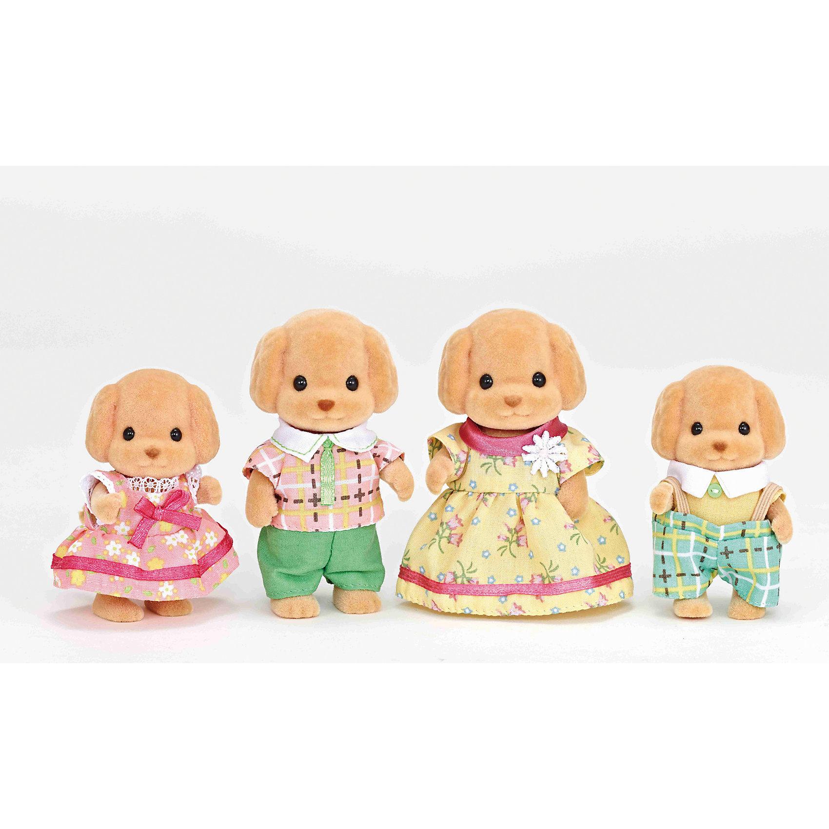 Набор Семья Той Пуделей, Sylvanian FamiliesSylvanian Families<br>Характеристики:<br><br>• Материал: ПВХ с полимерным напылением, текстиль <br>• Комплектация: семейство той пуделей – папа, мама и два щенка<br>• Размер фигурки: родители ?8 см, дети ?6,5 см<br>• Голова и лапы – подвижные<br>• Особенности ухода: фигурки собачек можно купать, одежда – ручная стирка<br>• Размер упаковки (Д*Ш*В): 20*5,5*15,5 см<br>• Вес: 200 г<br>• Упаковка: картонная коробка с блистером<br><br>Фигурки выполнены из экологически безопасного материала, сверху покрыты напылением, придающим животным бархатистую поверхность. Фигурки можно купать, одежду – стирать. У персонажей подвижные головы и лапки, что делает их особенно правдоподобными и удобными в играх. Набор Семья Той Пуделе, Sylvanian Families включает в себя 4-х персонажей: папа, мама, сын и дочка. Семья выполнена в образе милейших той пуделей.<br><br>Набор Семья Той Пуделей, Sylvanian Families можно купить в нашем интернет-магазине.<br><br>Ширина мм: 207<br>Глубина мм: 172<br>Высота мм: 60<br>Вес г: 155<br>Возраст от месяцев: 48<br>Возраст до месяцев: 96<br>Пол: Женский<br>Возраст: Детский<br>SKU: 5467534
