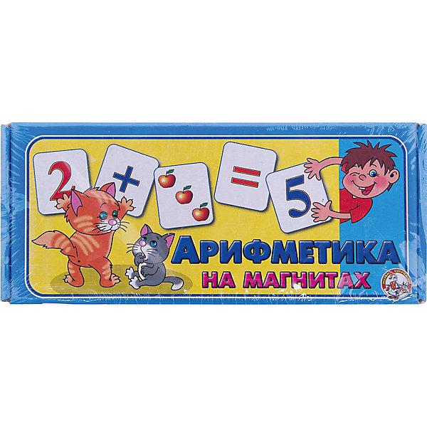 Магнитные карточки Арифметика  на магнитах, Десятое королевствоОбучающие игры для дошкольников<br>Магнитные карточки Арифметика на магнитах, Десятое королевство<br><br>Характеристики: <br><br>• Возраст: от 3 лет<br>• Материал: картон, полимер<br>• В комплекте: 72 карточки, гибкая полимерная магнитная лента<br><br>Эта игра будет особенно полезна для детей от трех лет. С ее помощью ребенок будет учиться узнавать очертания букв и начнет складывать и вычитать цифры. Перед началом игры нужно разрезать и наклеить на карточки полимерную магнитную ленту. Этот набор полностью безопасен для детей и подходит для обучения деток азам арифметики.<br><br>Магнитные карточки Арифметика на магнитах, Десятое королевство можно купить в нашем интернет-магазине.<br>Ширина мм: 230; Глубина мм: 100; Высота мм: 35; Вес г: 144; Возраст от месяцев: 60; Возраст до месяцев: 2147483647; Пол: Унисекс; Возраст: Детский; SKU: 5473731;