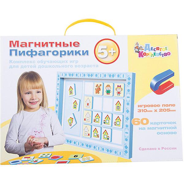 Набор Магнитные Пифагорики 5+, Десятое королевствоОбучающие игры для дошкольников<br>Набор Магнитные Пифагорики 5+, Десятое королевство<br><br>Характеристики: <br><br>• Возраст: от 5 лет<br>• Материал: вспененный полимер, магнит, картон<br>• В комплекте: Игровое поле, 60 карточек на магнитной основе, инструкция на русском языке<br><br>Этот набор позволяет в удобной игровой форме обучить ребенка основным цветам, пониманию формы предметов и их размеров. В наборе содержится магнитное игровое поле, 60 карточек, а так же буклет с 5 вариантами игр. Наиболее эффективным набор будет, если использовать его для работы с ребенком от 5 лет. В процессе игры с приятными на ощупь карточками, малыши быстрее обучаются и схватывают материал.<br><br>Набор Магнитные Пифагорики 5+, Десятое королевство можно купить в нашем интернет-магазине.<br>Ширина мм: 364; Глубина мм: 263; Высота мм: 34; Вес г: 612; Возраст от месяцев: 60; Возраст до месяцев: 84; Пол: Унисекс; Возраст: Детский; SKU: 5473735;