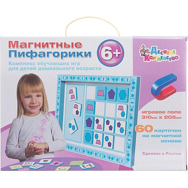 Набор Магнитные Пифагорики 6+, Десятое королевствоВикторины и ребусы<br>Набор Магнитные Пифагорики 6+, Десятое королевство<br><br>Характеристики: <br><br>• Возраст: от 6 лет<br>• Материал: вспененный полимер, магнит, картон<br>• В комплекте: Игровое поле, 60 карточек на магнитной основе, инструкция на русском языке<br><br>Этот набор позволяет в удобной игровой форме обучить ребенка основным цветам, пониманию формы предметов и их размеров. В наборе содержится магнитное игровое поле, 60 карточек, а так же буклет с 5 вариантами игр. Наиболее эффективным набор будет, если использовать его для работы с ребенком от 6 лет. В процессе игры с приятными на ощупь карточками, малыши быстрее обучаются и схватывают материал.<br><br>Набор Магнитные Пифагорики 6+, Десятое королевство можно купить в нашем интернет-магазине.<br>Ширина мм: 364; Глубина мм: 263; Высота мм: 34; Вес г: 612; Возраст от месяцев: 60; Возраст до месяцев: 84; Пол: Унисекс; Возраст: Детский; SKU: 5473736;