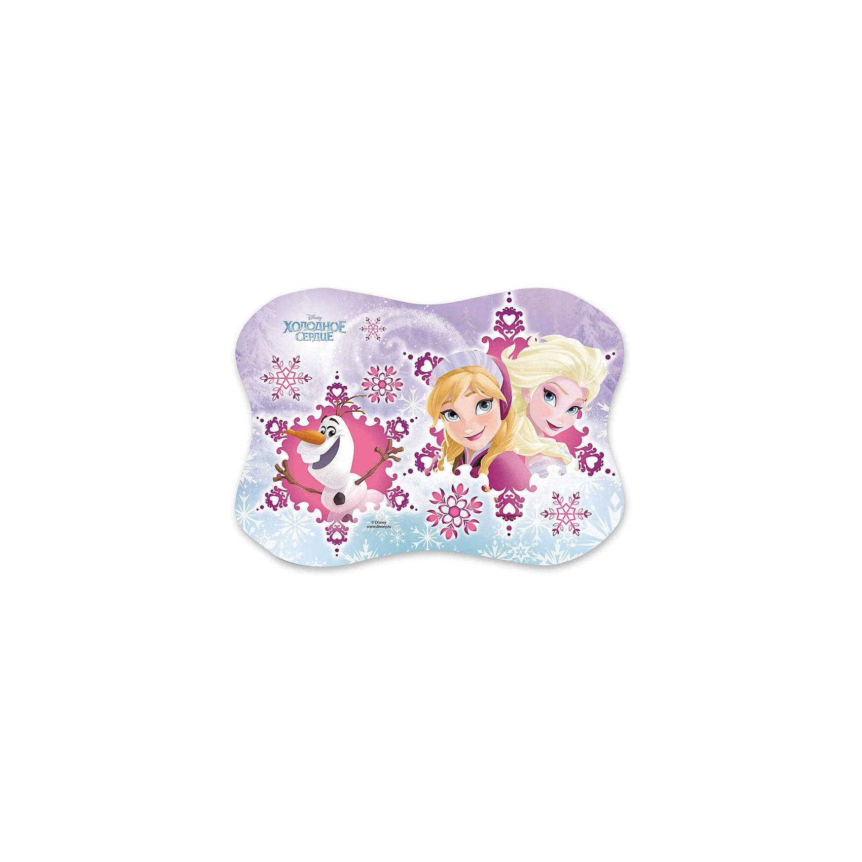 Подкладка настольная для лепки пластиковая Frozen, DisneyМебель<br>Характеристики настольной пластиковой подкладки для письма Frozen Disney :<br><br>• тип: подкладка настольная для письма, Disney<br>• возраст: от 3 лет<br>• вес: 53 г<br>• размеры: 15*21см.<br>• страна обладатель бренда: США<br>• страна изготовления: Россия<br><br>Фигурная настольная подкладка для лепки с трогательным лицензионным полноцветным дизайном Disney Frozen сделает творческий процесс приятнее для детей и родителей. Выполнена из 100% полипропилена. Размер 15*21см. Сделана в Санкт-Петербурге.<br><br>Настольную подкладку для письма торговой марки Disney можно купить в нашем интернет-магазине.<br><br>Ширина мм: 210<br>Глубина мм: 10<br>Высота мм: 150<br>Вес г: 16<br>Возраст от месяцев: 48<br>Возраст до месяцев: 96<br>Пол: Женский<br>Возраст: Детский<br>SKU: 5475491