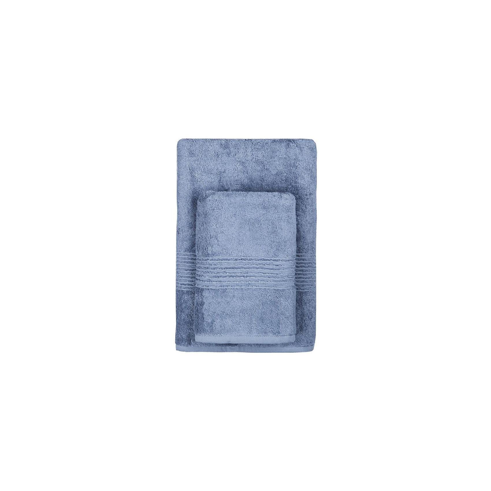 Полотенце махровое Maison Bambu, 70*140, TAC, синий (k.mavi)Ванная комната<br>Характеристики:<br><br>• Вид домашнего текстиля: махровое полотенце<br>• Размеры полотенца: 70*140 см<br>• Рисунок: без рисунка<br>• Декоративные элементы: бордюр<br>• Материал: хлопок, 50% хлопок; бамбук, 50%<br>• Цвет: синий<br>• Плотность полотна: 550 гр/м2 <br>• Вес: 550 г<br>• Размеры упаковки (Д*Ш*В): 37*5*25 см<br>• Особенности ухода: машинная стирка <br><br>Полотенце махровое Maison Bambu, 70*140, TAC, синий (k.mavi) от наиболее популярного бренда на отечественном рынке среди производителей комплектов постельного белья и текстильных принадлежностей, выпуском которого занимается производственная компания, являющаяся частью мирового холдинга Zorlu Holding Textiles Group. Полотенце выполнено из сочетания натурального хлопка и бамбукового волокна, что обеспечивает гипоаллергенность, высокую износоустойчивость, повышенные гигкоскопические и антибактериальные свойства изделия. <br><br>Благодаря высокой степени плотности махры, полотенце отлично впитывает влагу, но при этом остается мягким. Ворс окрашен стойкими нетоксичными красителями, который не оставляет запаха и обеспечивает ровный окрас. Полотенце сохраняет свой цвет и форму даже при частых стирках. Выполнено в синем цвете без рисунка, декорировано бордюром.<br><br>Полотенце махровое Maison Bambu, 70*140, TAC, синий (k.mavi) можно купить в нашем интернет-магазине.<br><br>Ширина мм: 250<br>Глубина мм: 30<br>Высота мм: 350<br>Вес г: 500<br>Возраст от месяцев: 216<br>Возраст до месяцев: 1188<br>Пол: Унисекс<br>Возраст: Детский<br>SKU: 5476329