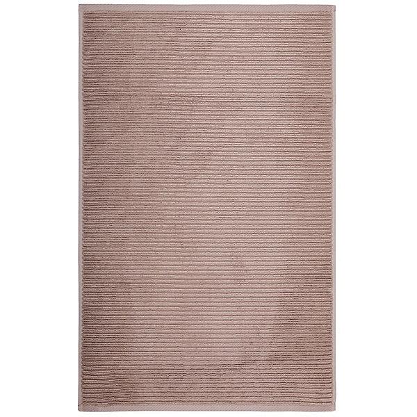 Полотенце для ног махровое Maison Bambu, 50*70, TAC, коричневый (toprak)Полотенца<br>Характеристики:<br><br>• Вид домашнего текстиля: махровое полотенце<br>• Размеры полотенца: 50*70 см<br>• Рисунок: без рисунка<br>• Материал: хлопок, 50% хлопок; бамбук, 50%<br>• Цвет: коричневый<br>• Плотность полотна: 850 гр/м2 <br>• Повышенные впитывающие качества<br>• Вес: 300 г<br>• Размеры упаковки (Д*Ш*В): 25*3*25 см<br>• Особенности ухода: машинная стирка <br><br>Полотенце для ног махровое Maison Bambu, 50*70, TAC, коричневый (toprak) от наиболее популярного бренда на отечественном рынке среди производителей комплектов постельного белья и текстильных принадлежностей, выпуском которого занимается производственная компания, являющаяся частью мирового холдинга Zorlu Holding Textiles Group. Полотенце выполнено из сочетания натурального хлопка и бамбукового волокна, что обеспечивает гипоаллергенность, высокую износоустойчивость, повышенные гигкоскопические и антибактериальные свойства изделия. <br><br>Благодаря высокой степени плотности махры, полотенце отлично впитывает влагу, но при этом остается мягким. Ворс окрашен стойкими нетоксичными красителями, который не оставляет запаха и обеспечивает ровный окрас. Полотенце сохраняет свой цвет и форму даже при частых стирках. Выполнено в коричневом цвете без рисунка.<br><br>Полотенце для ног махровое Maison Bambu, 50*70, TAC, коричневый (toprak) можно купить в нашем интернет-магазине.<br><br>Ширина мм: 250<br>Глубина мм: 30<br>Высота мм: 250<br>Вес г: 400<br>Возраст от месяцев: 216<br>Возраст до месяцев: 1188<br>Пол: Унисекс<br>Возраст: Детский<br>SKU: 5476346