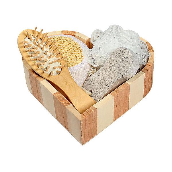 Набор для ванной и бани РомантикаУход и гигиена<br>Характеристики набора для ванной и бани Романтика:<br><br>• тип: банный комплект<br>• комплектация комплекта: лохань из древесины тополя (16,5*16*5 см) , мочалка д/купания из полиэтилена, массажная щетка д/волос из древесины павловнии, пемза д/ухода за кожей, мочалка для купания из сизаля) 19*18*5 <br>• состав: дерево 100%<br>• цвет: белый, бежевый<br>• страна бренда: Россия<br>• страна производитель: Китай<br><br>Набор для ванной и бани Романтика в декоративной лохани из древесины тополя (мочалка для купания из полиэтилена, массажная щетка для волос из древесины павловнии, пемза для ухода за кожей, мочалка для купания из сизаля). Набор станет прекрасным дополнением Вашей ванной комнаты. <br><br>Набор для ванной и бани Романтика можно купить в нашем интернет-магазине.<br><br>Ширина мм: 50<br>Глубина мм: 180<br>Высота мм: 190<br>Вес г: 204<br>Возраст от месяцев: 36<br>Возраст до месяцев: 2147483647<br>Пол: Унисекс<br>Возраст: Детский<br>SKU: 5479413