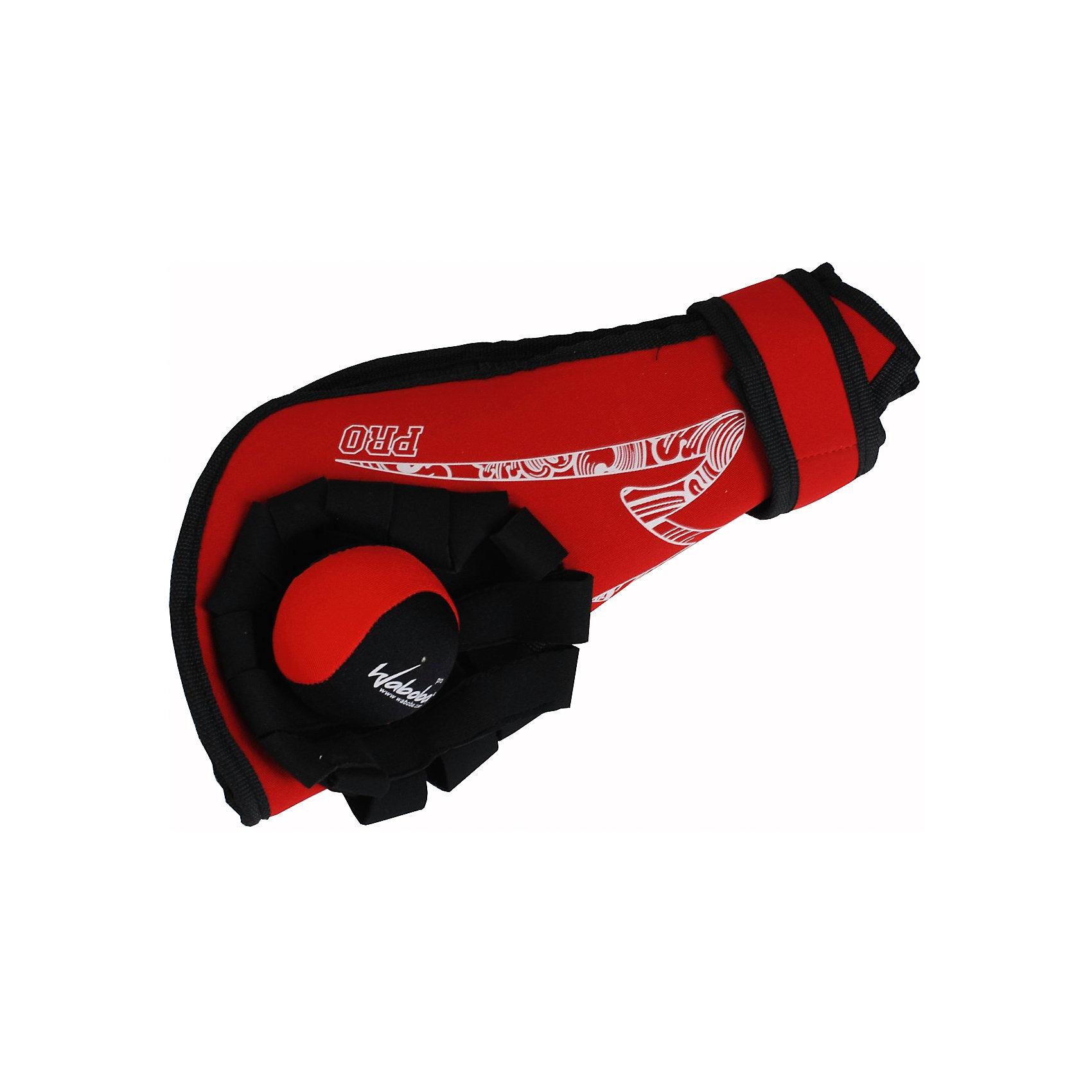 Перчатка PRO левая с мячом, WabobaИгровые наборы<br>Характеристики товара:<br><br>• материал: полимер<br>• размер упаковки: 28x8x8 см<br>• длина перчатки: 25 см<br>• перчатка левая<br>• прочный материал<br>• мяч отскакивает от воды <br>• возраст: от 3 лет<br>• вес: 250 г<br>• страна бренда: Швеция<br>• страна производства: Китай<br><br>Новый вид активного пляжного отдыха: игры с мячами, отскакивающими от воды. Мячи Waboba - это отличный способ весело провести время всей семьей, с детьми или большой компанией. Мячи сделаны из прочного полимерного материала, они отлично держатся на воде, имею яркую расцветку.<br><br>Данный набор включает в себя перчатку, с помощью которого удобно ловить мячи и сам мячик. Отличный подарок для тех, кто уже увлекся мячами Waboba!<br><br>Перчатку PRO левую с мячом от популярного бренда Waboba можно купить в нашем интернет-магазине.<br><br>Ширина мм: 850<br>Глубина мм: 850<br>Высота мм: 280<br>Вес г: 250<br>Возраст от месяцев: 36<br>Возраст до месяцев: 192<br>Пол: Унисекс<br>Возраст: Детский<br>SKU: 5482368