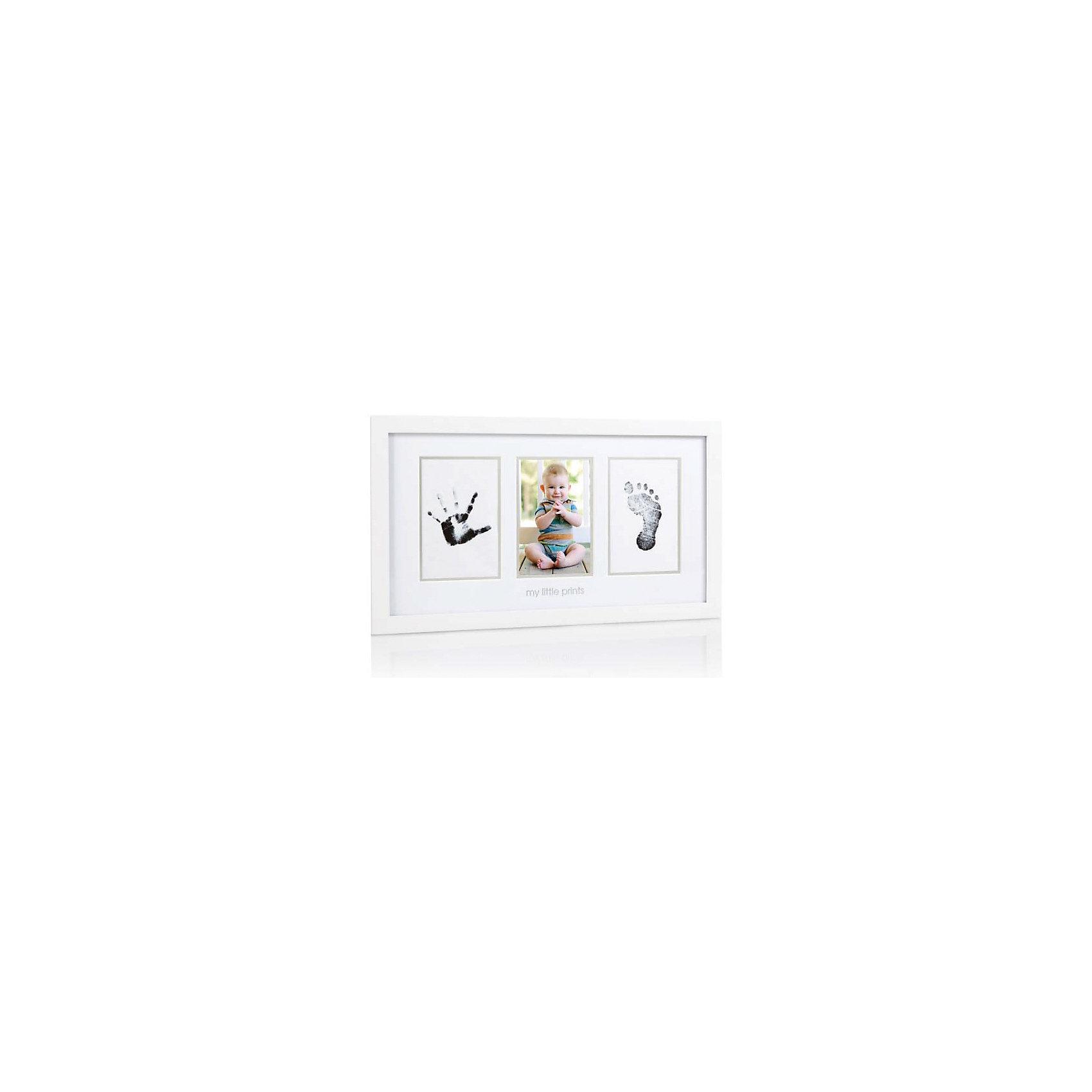 Рамочка тройная с отпечатком, PearheadДетские предметы интерьера<br>Характеристики:<br><br>• Цвет: белый<br>• Материал: дерево, стекло, чернила, бумага<br>• Комплектация: рамка, чернила для создания отпечатков, карточки для оттиска, напечатанные страницы, инструкция<br>• Тип рамки: настенная<br>• Количество секций: 3<br>• Размеры рамки (Д*Ш*В): 46*3*25 см <br>• Вес: 640 г <br>• Особенности ухода: допускается сухая и влажная чистка<br><br>Рамочка тройная с отпечатком, Pearhead от американского торгового бренда, который специализируется на создании подарочных наборов для новорожденных и их родителей. Инновационные технологии, которые используются при создании наборов для изготовления слепков являются безопасными и не вызывают аллергии. <br><br>Разработанная специальным образом подушечка с чернилами обеспечивает чистое касание детской ручки или ножки. В набор входит рамка, состоящая из трех секций, необходимые материалы и инструменты для создания детских отпечатков. Рамочка изготовлена из дерева, предназначена для размещения на стене. Изделие выполнено в классическом дизайне, поэтому подойдет для интерьера любого стилевого направления. <br><br>Рамочку тройную с отпечатком, Pearhead можно купить в нашем интернет-магазине.<br><br>Ширина мм: 460<br>Глубина мм: 30<br>Высота мм: 250<br>Вес г: 1033<br>Возраст от месяцев: 0<br>Возраст до месяцев: 84<br>Пол: Унисекс<br>Возраст: Детский<br>SKU: 5482399