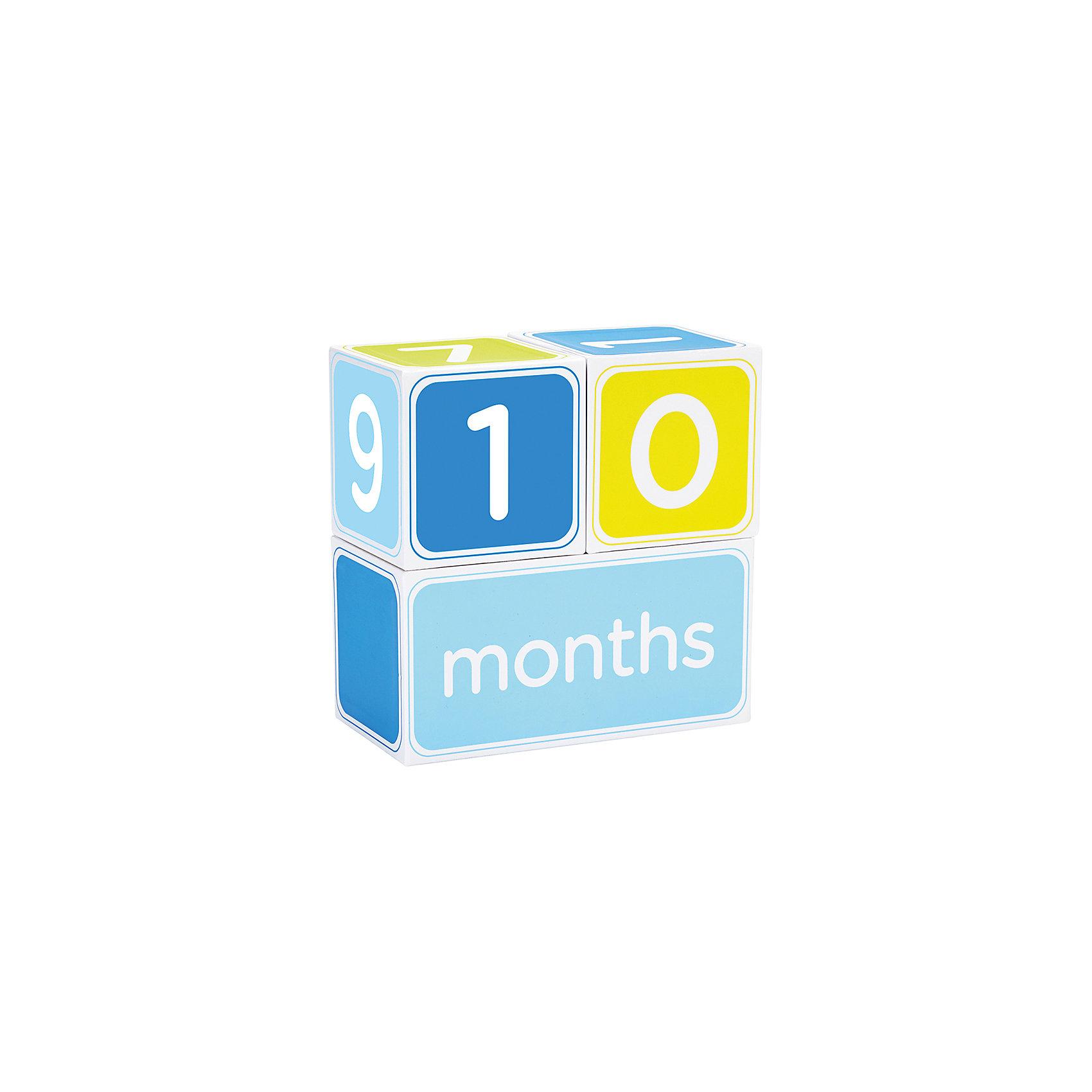 Кубики от 1 до 12 мес, PearheadКубики<br>Характеристики:<br><br>• Пол: для мальчика<br>• Тематика рисунка: цифры<br>• Материал: бумага <br>• Комплектация: 2 кубика с цифрами от 1 до 9, кубик-основа <br>• Размер (Д*Ш): ?16*8*16 см<br>• Вес: 250 г <br>• Упаковка: картонная коробка<br><br>Кубики от 1 до 12 мес, Pearhead от американского торгового бренда, который специализируется на создании подарочных наборов для новорожденных и их родителей. Набор включает в себя 3 кубика, два из которых с цифрами от 1 до 9 и один кубик-основание. Эти кубики станут отличным реквизитом для организации еженедельных и ежемесячных фотосессий. <br><br>Кроме того, они могут быть развивающей игрушкой для вашего подрастающего малыша. Выполнены из плотной бумаги, окрашены безопасными красками. Кубики позволят красочно, ярко и оригинально запечатлеть самые важные моменты первого года жизни вашего малыша. <br><br>Кубики от 1 до 12 мес, Pearhead можно купить в нашем интернет-магазине.<br><br>Ширина мм: 80<br>Глубина мм: 215<br>Высота мм: 170<br>Вес г: 226<br>Возраст от месяцев: 0<br>Возраст до месяцев: 84<br>Пол: Мужской<br>Возраст: Детский<br>SKU: 5482426