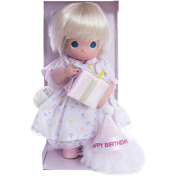 Кукла С Днем Рождения, блондинка, 30 см, Precious MomentsБренды кукол<br>Характеристики товара:<br><br>• возраст: от 5 лет;<br>• материал: винил, текстиль;<br>• высота куклы: 30 см;<br>• размер упаковки: 35х16х15 см;<br>• вес упаковки: 445 гр.;<br>• страна производитель: Филиппины.<br><br>Кукла «С днем рождения» Precious Moments — коллекционная кукла с выразительными голубыми глазками и светлыми волосами. Куколка одета в праздничное платье. Так как куколка отмечает День рождение, то на голове у нее одет праздничный колпак, а в руках она держит подарок.<br><br>У куклы имеются подвижные детали. Она выполнена из качественного безопасного материала.<br><br>Куклу «С днем рождения» Precious Moments можно приобрести в нашем интернет-магазине.<br>Ширина мм: 140; Глубина мм: 300; Высота мм: 80; Вес г: 428; Возраст от месяцев: 36; Возраст до месяцев: 2147483647; Пол: Женский; Возраст: Детский; SKU: 5482494;