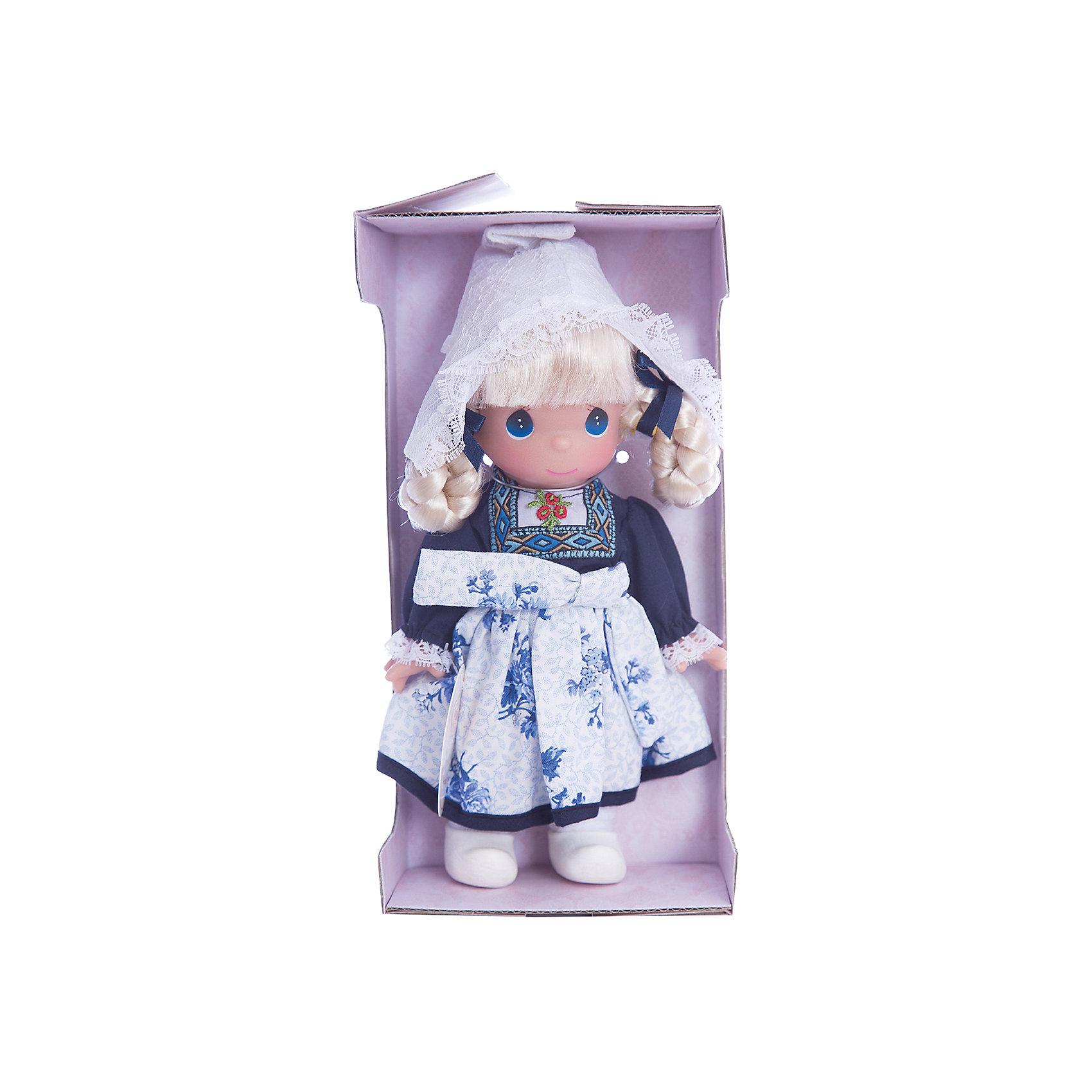 Кукла Элин. Голландия, 21 см, Precious MomentsКлассические куклы<br>Характеристики товара:<br><br>• возраст: от 5 лет;<br>• материал: винил, текстиль;<br>• высота куклы: 21 см;<br>• размер упаковки: 25х15х10 см;<br>• вес упаковки: 175 гр.;<br>• страна производитель: Филиппины.<br><br>Кукла «Элин. Голландия» Precious Moments — коллекционная кукла с выразительными голубыми глазками и белыми волосами, заплетенными в косы. Куколка одета в традиционное платье с вышивкой и узорами. На голове у нее кружевной колпак. У куклы имеются подвижные детали. Она выполнена из качественного безопасного материала.<br><br>Куклу «Элин. Голландия» Precious Moments можно приобрести в нашем интернет-магазине.<br><br>Ширина мм: 60<br>Глубина мм: 210<br>Высота мм: 60<br>Вес г: 110<br>Возраст от месяцев: 36<br>Возраст до месяцев: 2147483647<br>Пол: Женский<br>Возраст: Детский<br>SKU: 5482514