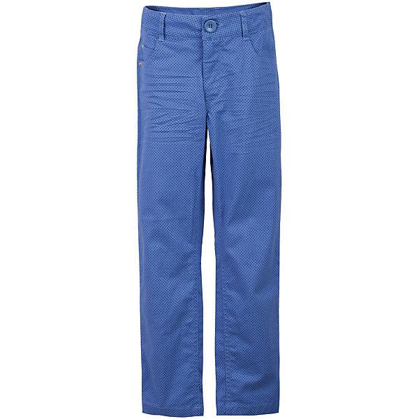 Брюки для мальчика GulliverБрюки<br>Несмотря на то, что джинсы по-прежнему занимают в гардеробе ребенка лидирующее место, текстильные брюки для мальчика никто не отменял! Везде, где джинсы неуместны или просто хочется разнообразия,  оригинальные голубые брюки  помогут создать прекрасный look. Модный мелкий рисунок придает модели особый шарм. Темно-голубой  цвет выглядит нарядно, благородно, изысканно! Если вы хотите купить детские брюки, которые подчеркнут стиль и индивидуальность вашего ребенка, эти классные брюки для мальчика с фирменной брендированной фурнитурой - лучшее решение для модного лета!<br>Состав:<br>98% хлопок      2% эластан<br>Ширина мм: 215; Глубина мм: 88; Высота мм: 191; Вес г: 336; Цвет: голубой; Возраст от месяцев: 72; Возраст до месяцев: 84; Пол: Мужской; Возраст: Детский; Размер: 122,140,134,128; SKU: 5482975;