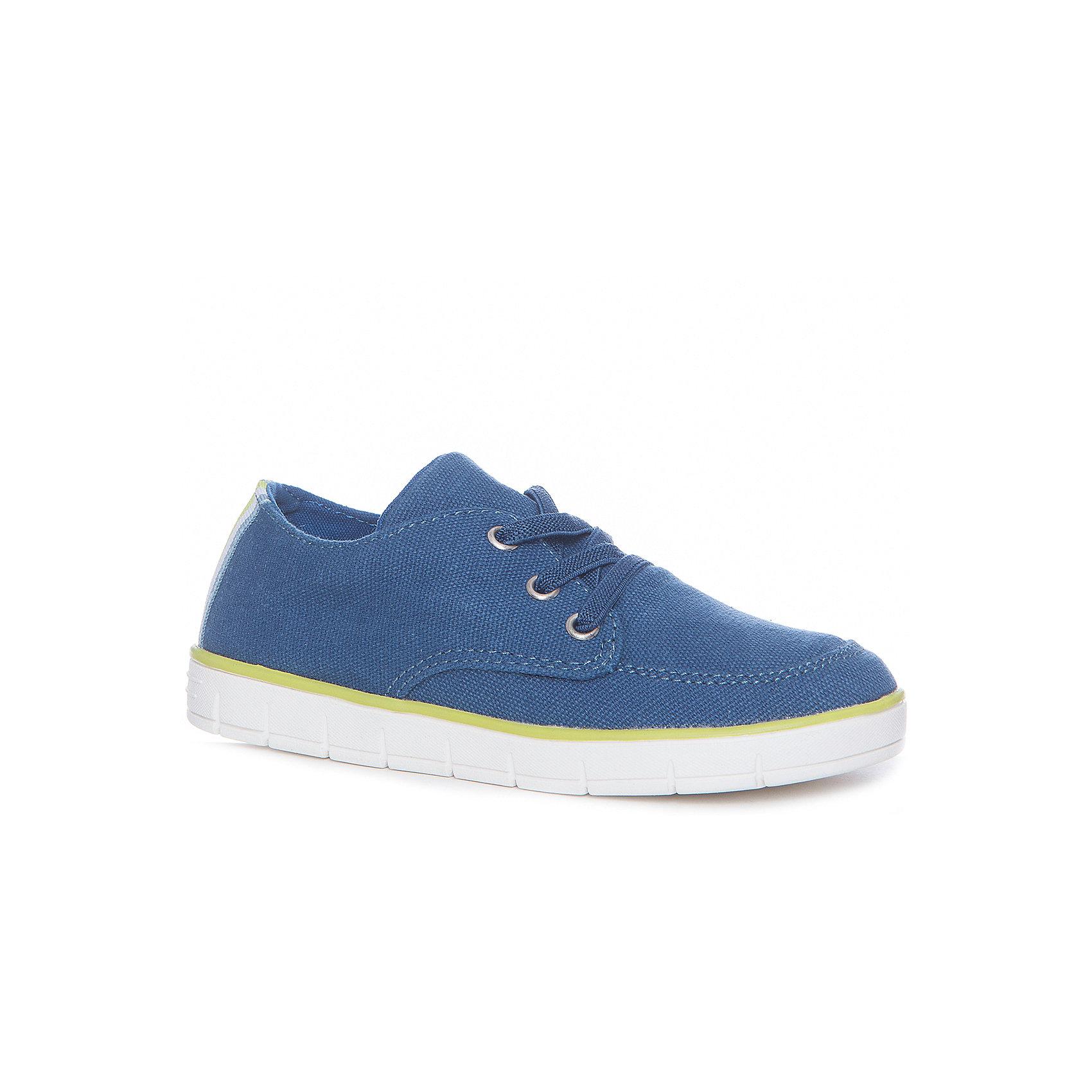 Кеды для мальчика GulliverКеды<br>Кеды, кроссовки, слипоны… С каждым днем спортивная обувь занимает все больше места в нашем шкафу, вытесняя привычные сандалии  и туфли. Синие текстильные кеды - модель на все случаи жизни! Они отлично завершат любой образ в спортивном и casual стиле, придав ему динамику и индивидуальность. Стильный дизайн, удобная форма, дышащий материал подкладки и верха - что еще  нужно для  того, чтобы провести с комфортом? Если вы хотите купить текстильные кеды для мальчика, эта модель - отличный выбор!<br>Состав:<br>Верх: канвас<br>подкладка: хлопок<br>стелька: канвас<br>подошва: резина<br><br>Ширина мм: 250<br>Глубина мм: 150<br>Высота мм: 150<br>Вес г: 250<br>Цвет: синий<br>Возраст от месяцев: 72<br>Возраст до месяцев: 84<br>Пол: Мужской<br>Возраст: Детский<br>Размер: 30,36,31,32,33,34,35<br>SKU: 5482996