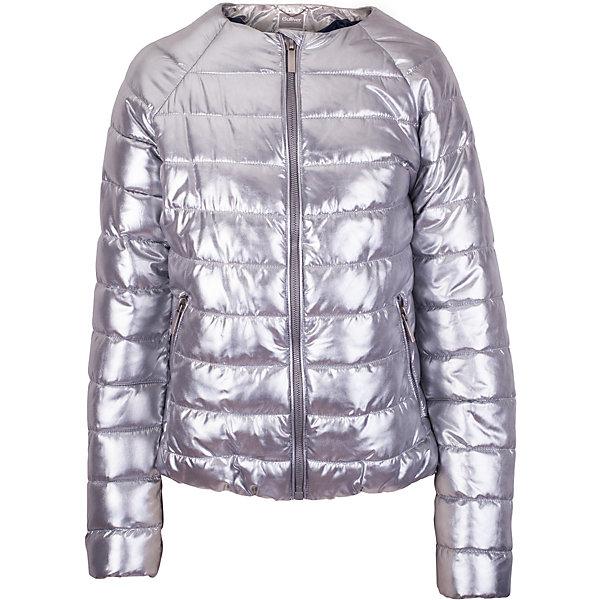 Куртка для девочки GulliverВерхняя одежда<br>Прошли времена, когда детская куртка выполняла исключительно функциональную роль. Сейчас изделию недостаточно быть только удобным и теплым. Куртка для девочки должна быть яркой, элегантной, привлекательной и отражать в полной мере характер и предпочтения своей обладательницы! Именно такая, стеганая серебристая куртка без воротника может понравиться юной моднице. Если вы предпочитаете сформировать весенний гардероб ребенка из светлых, современных, позитивных вещей, вам стоит купить детскую куртку из коллекции Круиз! В этой куртке вашему ребенку гарантирован прекрасный внешний вид, соответствие модным трендам, а также тепло, комфорт и свобода движений.<br>Состав:<br>верх: 100% полиэстер; подкладка:  100% полиэстер; утеплитель: иск.пух  100% полиэстер<br><br>Ширина мм: 356<br>Глубина мм: 10<br>Высота мм: 245<br>Вес г: 519<br>Цвет: серый<br>Возраст от месяцев: 120<br>Возраст до месяцев: 132<br>Пол: Женский<br>Возраст: Детский<br>Размер: 146,164,152<br>SKU: 5483065