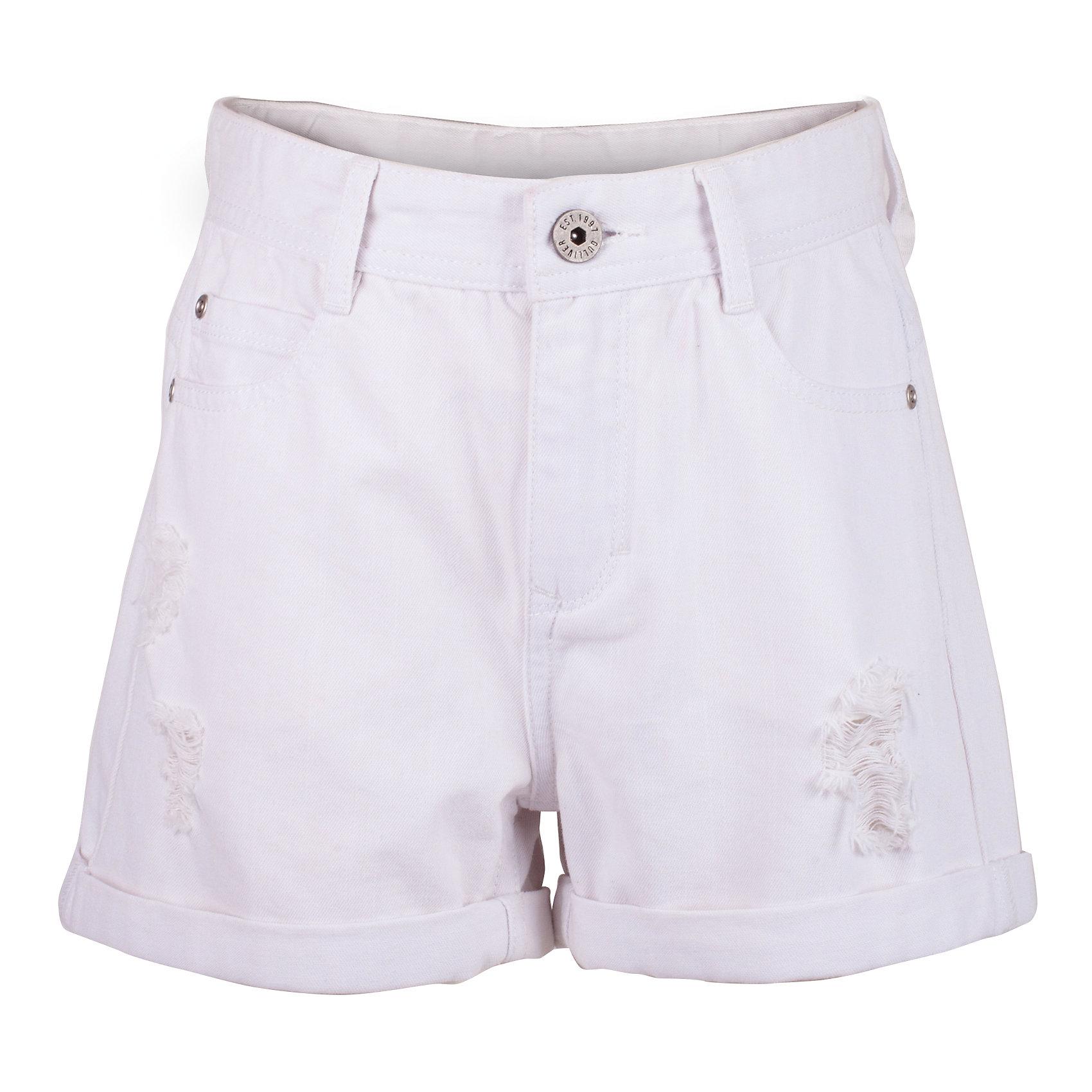 Шорты для девочки GulliverШорты, бриджи, капри<br>Белые шорты для девочки - идеальный вариант для комфортного лета! С любой футболкой, майкой, топом, белые шорты составят отличный комплект! Увы, не каждые шорты станут для стильной девочки-подростка настоящим подарком... Но шорты от Gulliver - модель, которую даже самые требовательные модницы оценят по достоинству! Правильная длина, современная посадка изделия на фигуре, повреждения и отделка заднего кармана серебряным принтом делают эти шорты основой стильного летнего гардероба подростка! Если вы собираетесь купить шорты, помните, что модные детские шорты в сезоне Весна/Лето 2017 должны быть именно такими!<br>Состав:<br>100% хлопок<br><br>Ширина мм: 191<br>Глубина мм: 10<br>Высота мм: 175<br>Вес г: 273<br>Цвет: белый<br>Возраст от месяцев: 156<br>Возраст до месяцев: 168<br>Пол: Женский<br>Возраст: Детский<br>Размер: 164,146,152,158<br>SKU: 5483074