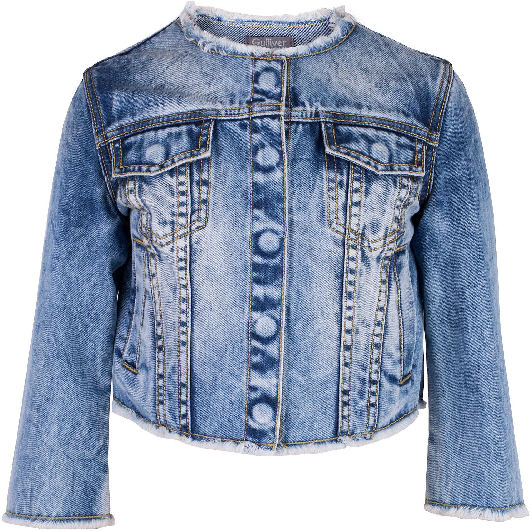 Жакет джинсовый для девочки GulliverДжинсовая одежда<br>Модная джинсовая куртка для девочки - изделие на все случаи жизни! Она прекрасно дополнит любой образ в стиле casual, став незаменимым атрибутом современного динамичного гардероба. Голубая куртка с модными потертостями, заминами и варкой выполнена из хлопковой джинсовой ткани, что делает ее очень комфортной и практичной в носке. Джинсовая детская куртка - отличный вариант на каждый день. Она придаст любому комплекту завершенность, сделав образ ярким и многослойным.<br>Состав:<br>100% хлопок<br><br>Ширина мм: 356<br>Глубина мм: 10<br>Высота мм: 245<br>Вес г: 519<br>Цвет: голубой<br>Возраст от месяцев: 132<br>Возраст до месяцев: 144<br>Пол: Женский<br>Возраст: Детский<br>Размер: 152,158,164,146<br>SKU: 5483140