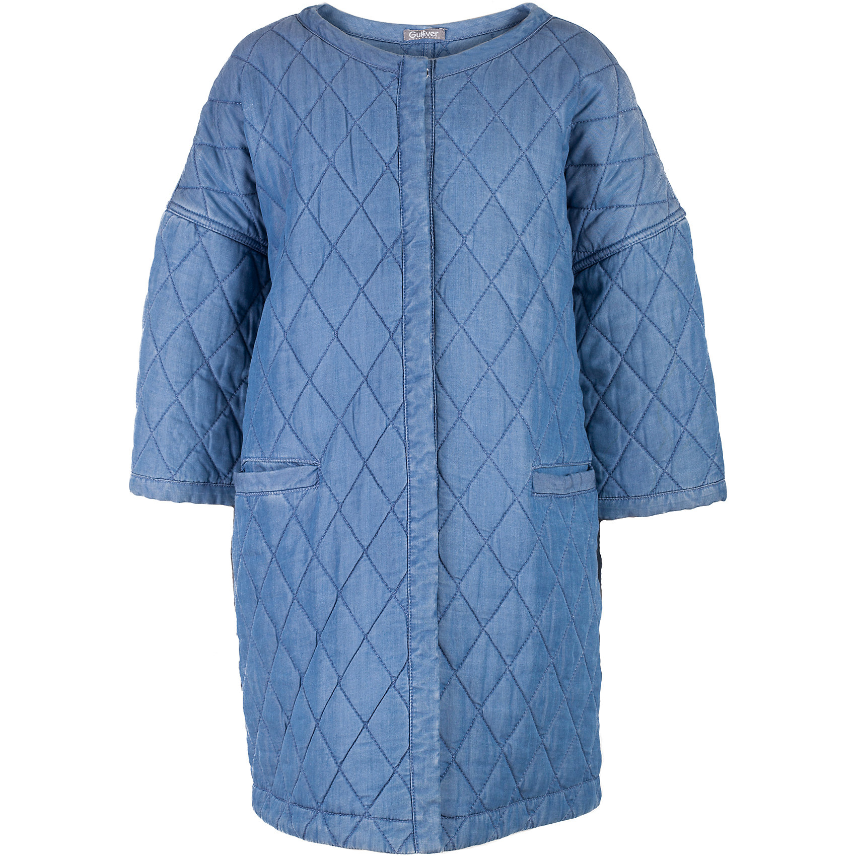 Пальто для девочки GulliverВерхняя одежда<br>Прошли времена, когда детское пальто выполняло исключительно функциональную роль. Сейчас изделию недостаточно быть только удобным и теплым. Пальто для девочки должно быть стильным, элегантным и отражать в полной мере характер и предпочтения своей обладательницы! Именно такое, стеганое пальто без воротника может понравиться юной моднице. Конечно, не в дождь, но в прохладный весенний день или летний вечер, пальто из джинсы сделает вашего ребенка самой модной и привлекательной! Если вы предпочитаете сформировать весенний гардероб из современных интересных вещей, вам стоит купить детское джинсовое пальто для девочки из коллекции Коста-Рика! В этом пальто вашему ребенку гарантирован прекрасный внешний вид, соответствие модным трендам, а также тепло, комфорт и свобода движений.<br>Состав:<br>верх:  100% лиоцелл; подкладка: 100% лиоцелл; утеплитель:  100% полиэстер<br><br>Ширина мм: 356<br>Глубина мм: 10<br>Высота мм: 245<br>Вес г: 519<br>Цвет: синий<br>Возраст от месяцев: 132<br>Возраст до месяцев: 144<br>Пол: Женский<br>Возраст: Детский<br>Размер: 158,164,152,146<br>SKU: 5483150