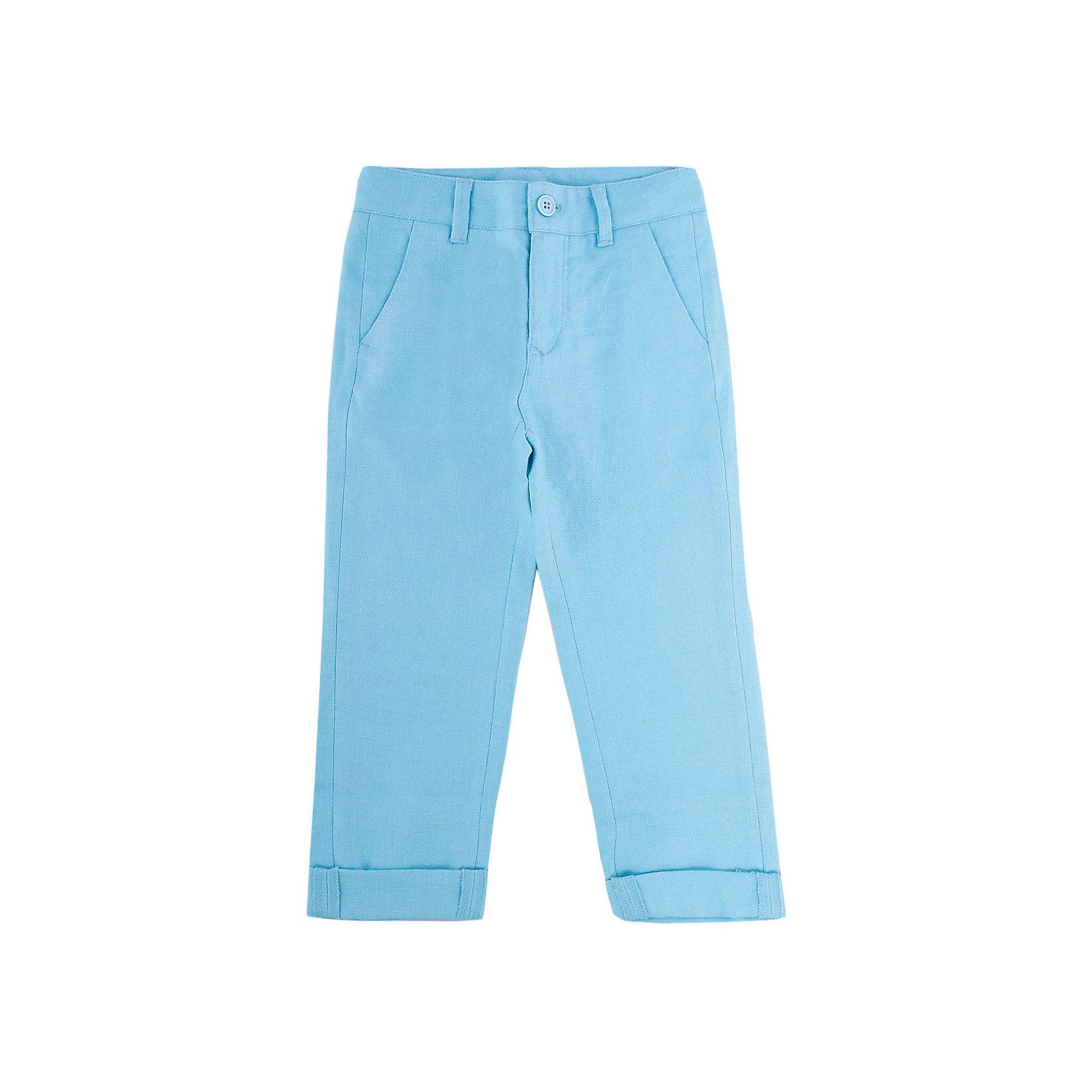 Брюки для мальчика GulliverБрюки<br>Несмотря на то, что джинсы по-прежнему занимают в гардеробе ребенка первое место, классические брюки для мальчика никто не отменял! Походы в театр, в гости, на важные и торжественные мероприятия предполагают на ребенке особый look. Модные светлые брюки в сочетании со стильной рубашкой, джемпером, пиджаком или жилетом и ваш ребенок будет неотразим! Натуральный лен с характерными элегантными заминами придает модели особый шарм. Ментоловый цвет выглядит нарядно, благородно, изысканно!<br>Состав:<br>100% лён<br><br>Ширина мм: 215<br>Глубина мм: 88<br>Высота мм: 191<br>Вес г: 336<br>Цвет: голубой<br>Возраст от месяцев: 24<br>Возраст до месяцев: 36<br>Пол: Мужской<br>Возраст: Детский<br>Размер: 98,104,110,116<br>SKU: 5483340