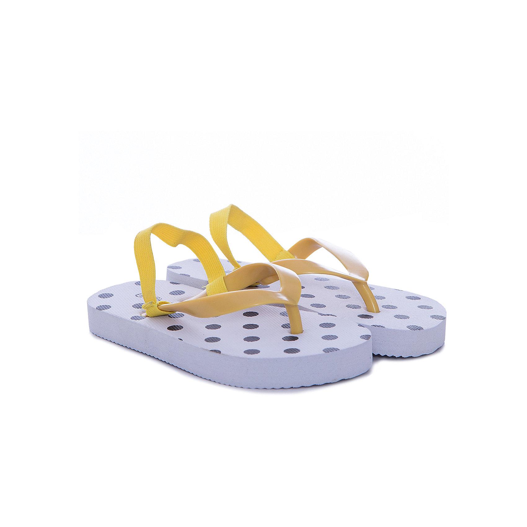 Шлепанцы для девочки GulliverПляжная обувь<br>Характеристики товара:<br><br>• материал: верх: ПВХ; <br>• подошва:EVA<br>• подходят для пляжа и для бассейна<br>• страна бренда: Российская Федерация<br>• страна производства: Китай<br><br>Пляжные шлепанцы в горох для девочки от известного бренда Гулливер. Шлепанцы-вьетнамки отлично подойдут для пляжа, также их можно использовать для похода в бассейн.<br><br>Шлепанцы для девочки от известного бренда Gulliver можно купить в нашем интернет-магазине.<br><br>Ширина мм: 248<br>Глубина мм: 135<br>Высота мм: 147<br>Вес г: 256<br>Цвет: белый<br>Возраст от месяцев: 48<br>Возраст до месяцев: 60<br>Пол: Женский<br>Возраст: Детский<br>Размер: 24,25,26,28<br>SKU: 5483625