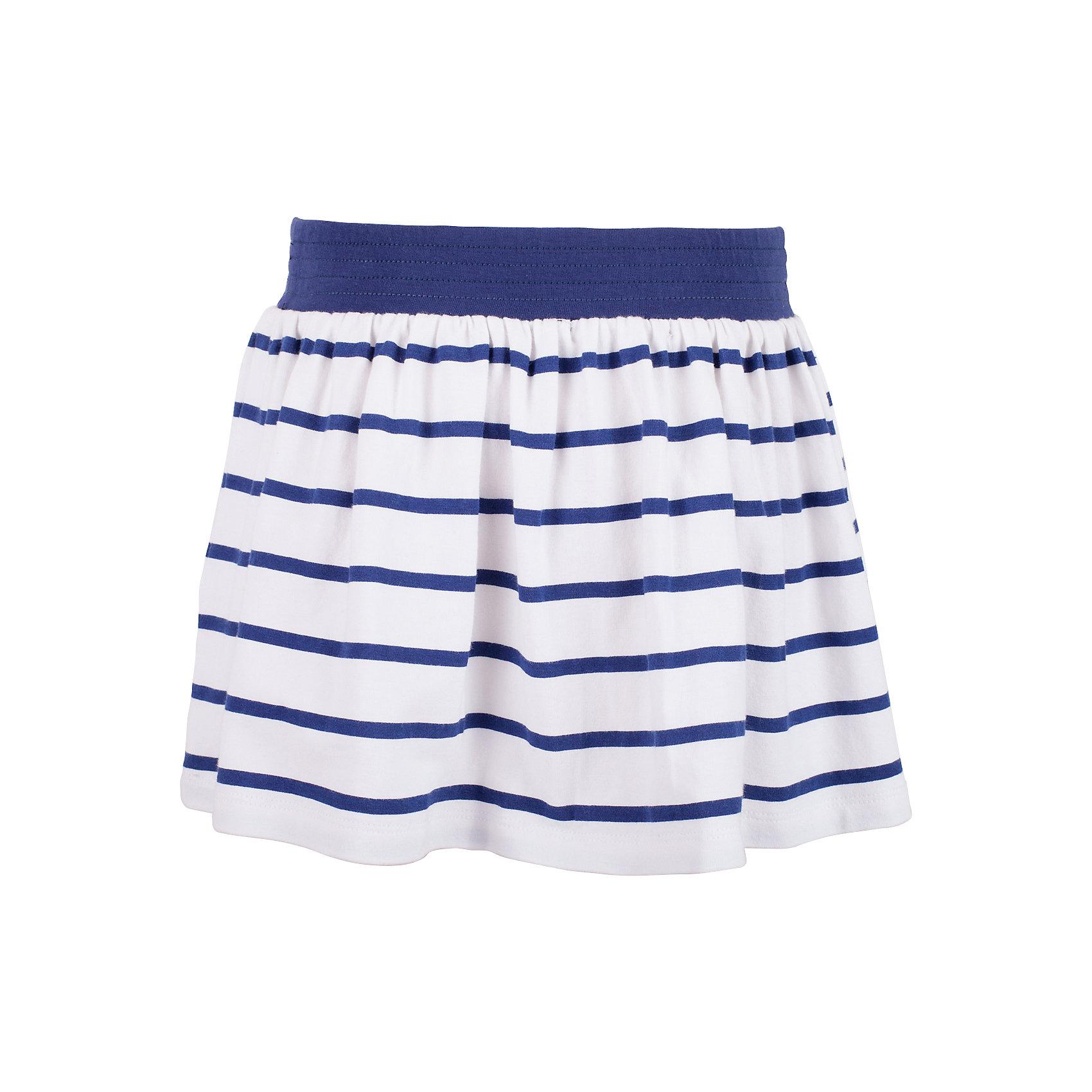 Юбка для девочки GulliverЮбки<br>Прекрасная трикотажная юбка идеально дополнит летний гардероб юной леди. Для дачного отдыха, прогулок и домашнего времяпрепровождения, юбка будет незаменима. Легкая, удобная, комфортная, юбка для девочек из мягкого трикотажа вне времени и вне моды. Крупная морская полоска придает модели динамику, контрастный пояс на резинке создает удобство в одевании-раздевании, что немаловажно для самостоятельных барышень. Если вы хотите купить юбку на каждый день, эта модель - то, что нужно! Ребенок будет чувствовать себя самим собой и обязательно оценит комфорт и свободу движений.<br>Состав:<br>95% хлопок      5% эластан<br><br>Ширина мм: 207<br>Глубина мм: 10<br>Высота мм: 189<br>Вес г: 183<br>Цвет: синий<br>Возраст от месяцев: 24<br>Возраст до месяцев: 36<br>Пол: Женский<br>Возраст: Детский<br>Размер: 98,104,110,116<br>SKU: 5483705