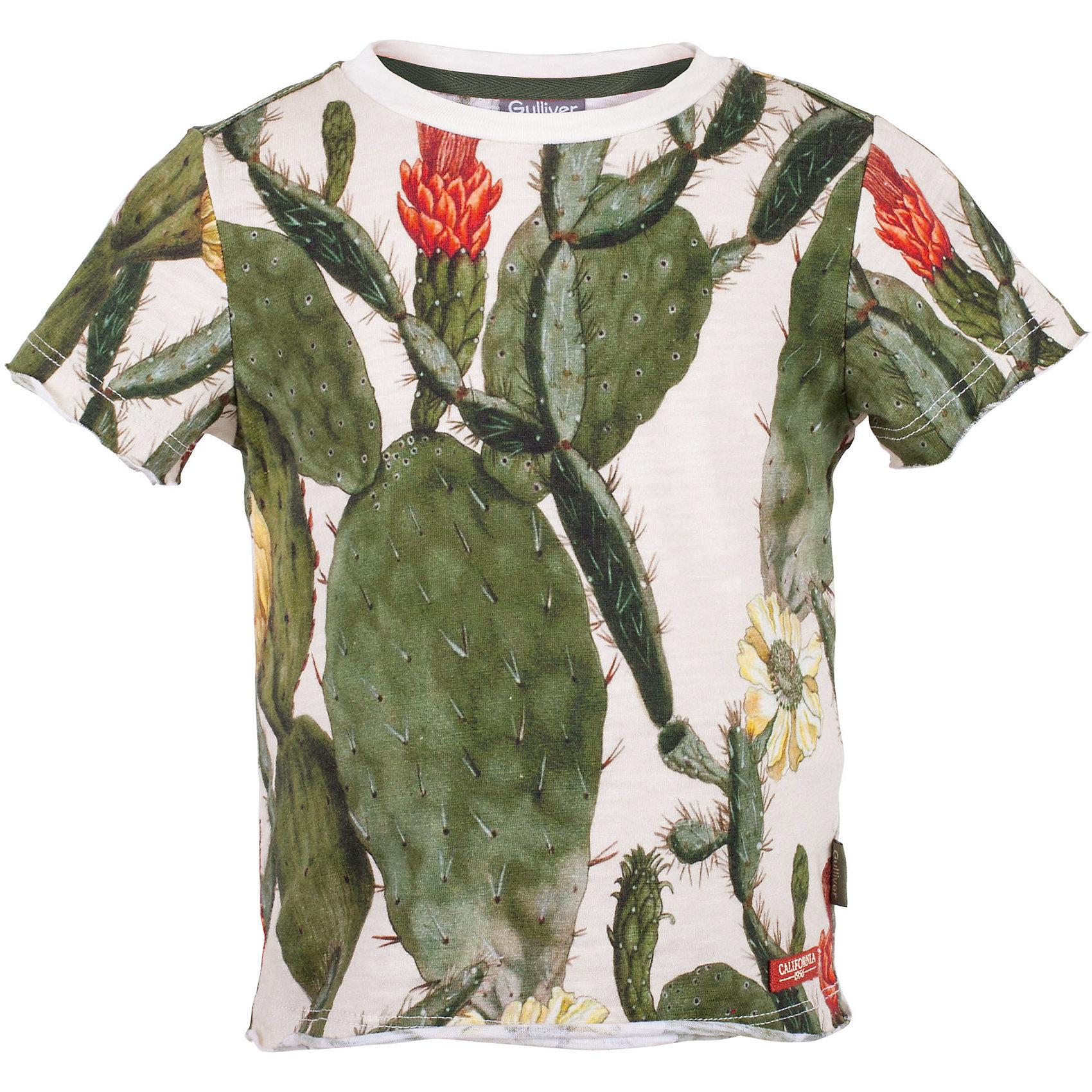 Футболка для мальчика GulliverЭта детская футболка из оригинального орнаментального трикотажа - настоящий шедевр! Авторский рисунок ткани не оставит равнодушными ни детей, ни их родителей. Если ваш ребенок активен и любознателен, вам стоит купить футболку из коллекции Аризона! Она создает отличное настроение и, наверняка, понравится мальчикам, мечтающим о путешествиях в дальние страны. Детская футболка с принтом - образец футболки с рисунком. Стильный дизайн, великолепное качество трикотажа, удобная посадка изделия на фигуре, обеспечивают прекрасный внешний вид, комфорт и свободу движений.<br>Состав:<br>100% хлопок<br><br>Ширина мм: 199<br>Глубина мм: 10<br>Высота мм: 161<br>Вес г: 151<br>Цвет: бежевый<br>Возраст от месяцев: 24<br>Возраст до месяцев: 36<br>Пол: Мужской<br>Возраст: Детский<br>Размер: 98,104,110,116<br>SKU: 5483778