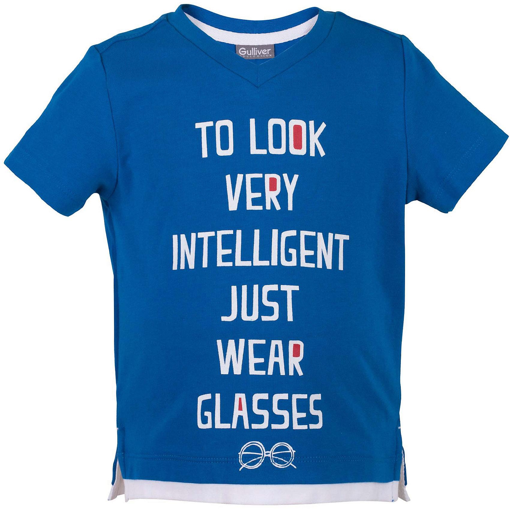 Футболка для мальчика GulliverФутболки, поло и топы<br>Стильная летняя футболка - изделие из разряда must have! Но определиться с выбором бывает не так просто. Вы хотите купить яркую детскую футболку с коротким рукавом? Предпочитаете приобрести модную необычную модель и качественную брендовую вещь, которая добавит в летний гардероб ребенка свежесть и новизну? Тогда эта классная синяя футболка с принтом - отличный выбор! Футболка для мальчика с коротким рукавом выполнена из мягкого хлопка с эластаном. Изюминка модели - имитация актуальной многослойности. Белая отделка делает футболку сложнее, интереснее, ярче.<br>Состав:<br>95% хлопок      5% эластан<br><br>Ширина мм: 199<br>Глубина мм: 10<br>Высота мм: 161<br>Вес г: 151<br>Цвет: синий<br>Возраст от месяцев: 36<br>Возраст до месяцев: 48<br>Пол: Мужской<br>Возраст: Детский<br>Размер: 104,98,116,110<br>SKU: 5483897