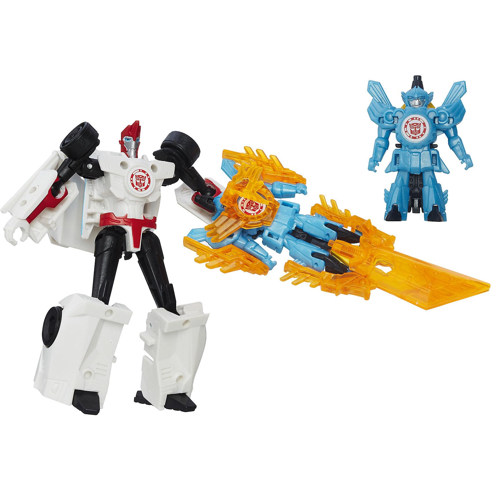 Миниконы Бэтл Пэкс, Роботс-ин-Дисгайс, Трансформеры, B4713/B7677Популярные игрушки<br>Характеристики:<br><br>• Материал: пластик<br>• Комплектация: 2 робота-трансформера, 8 аксессуаров<br>• Высота робота ?11 см, высота мини-кона ?5 см<br>• Трансформируется в гоночную машину за 5 шагов<br>• На игрушке имеется сканируемый жетон<br>• Вес в упаковке: 162 г<br>• Размеры упаковки (Г*Ш*В): 23,2*20,3*5,5 см<br>• Упаковка: блистер на картонной подложке<br><br>Наборы этой коллекции состоят из робота-трансформера, мини-кона и коллекции аксессуаров. Робот этой коллекции за 5 шагов трансформируется в гоночную машину. Фигурки героев выполнены из твердого пластика, устойчивого к повреждениям и трещинам, детали окрашены нетоксичной краской без запаха. Робот выполнен с высокой степенью достоверности и соответствия облику своего экранного прототипа.<br><br>Миникона Бэтл Пэкс, Роботс-ин-Дисгайс, Трансформеры, B4713/B7677 можно купить в нашем интернет-магазине.<br><br>Ширина мм: 232<br>Глубина мм: 203<br>Высота мм: 55<br>Вес г: 162<br>Возраст от месяцев: 48<br>Возраст до месяцев: 96<br>Пол: Мужской<br>Возраст: Детский<br>SKU: 5489045