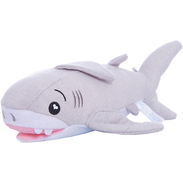 Губка для тела Акула Тэнк, SoapSoxТовары для купания<br>Губка для тела Акула Тэнк, SoapSox (Соап Сокс) <br><br>Характеристики:<br><br>• выполнена в виде забавной акулы<br>• хорошо вспенивает мыло<br>• два кармашка для пальцев<br>• удобно сушить<br>• материал: антимикробный полиэстер, губка<br>• размер: 23х7,5х13 см<br>• размер упаковки: 22х8х28 см<br>• вес: 100 грамм<br><br>Тэнк - маленькая акула, готовая подарить малышу радостные впечатления от купания. Губка бережно очищает тело ребенка и создает большое количество пены. Пользоваться губкой очень просто: добавьте мыло во внутренний карман, опустите губку в воду - волшебная акула готова к работе! Вы можете использовать жидкое или твердое мыло - губка хорошо вспенивает моющее средство любой консистенции. По бокам есть два кармашка для пальцев. Воспользовавшись ими, вы сможете удобно зафиксировать губку в руке. После использования губка легко сушится с помощью специального шнурка.<br><br>Губку для тела Акула Тэнк, SoapSox (Соап Сокс)  можно купить в нашем интернет-магазине.<br>Ширина мм: 28; Глубина мм: 22; Высота мм: 8; Вес г: 0; Возраст от месяцев: 12; Возраст до месяцев: 72; Пол: Унисекс; Возраст: Детский; SKU: 5489962;