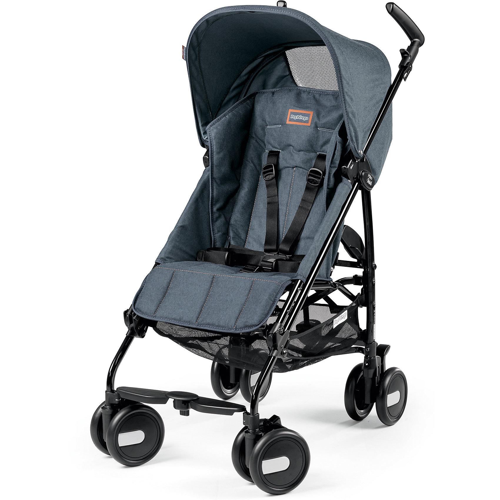 Коляска-трость Peg-Perego Pliko Mini с бампером, Blue DenimКоляски-трости<br>Коляска-трость Pliko Mini, Peg-Perego - компактная прогулочная коляска с небольшими габаритами, которая отвечает всем требованиям комфорта и безопасности малыша. Очень практична для использования в любой ситуации. Коляска оснащена удобным для ребенка сиденьем с мягкими 5- точечными ремнями безопасности. Дополнительно можно приобрести мягкий съемный бампер (отдельно бампер без коляски не продается!). Спинка легко раскладывается в 3 положениях вплоть до горизонтального. Опора для ножек регулируется, что обеспечивает<br>малышу правильную осанку. Большой капюшон со смотровым окном защитит от солнца и дождя.  <br><br>Для родителей предусмотрены удобные ручки и вместительная корзина для принадлежностей малыша. Коляска оснащена 4 двойными колесами (передние - поворотные с возможностью фиксации, задние - с тормозом). Благодаря узкой колесной базе коляска без труда преодолевает<br>даже самые узкие проемы дверей, лифтов и турникетов. Легко и компактно складывается тростью, что позволяет использовать ее во время поездок и путешествий. Обивку можно снимать и стирать. Подходит для детей от 6 мес. до 3 лет.<br><br><br>Особенности:<br><br>- удобна для транспортировки и хранения;<br>- объемный капюшон от солнца и дождя;<br>- спинка сиденья регулируется 3 положениях;<br>- регулируемая подножка; <br>- корзина для вещей ребенка;<br>- передние поворотные колеса с возможностью фиксации;<br>- узкая колесная база;<br>- легко и компактно складывается тростью.<br><br><br>Дополнительная информация:<br><br>- Цвет: Blue Denim.<br>- Материал: текстиль, металл, пластик.<br>- Диаметр колес: 14,6 см.<br>- Максимальная длина спального места: 87 см.<br>- Размер в разложенном виде: 84 х 50 х 101 см.<br>- Размер в сложенном виде: 34 х 32 х 94 см.<br>- Вес: 5,7 кг.<br><br>Коляску-трость Pliko Mini + бампер передний, Peg-Perego можно купить в нашем интернет-магазине.<br><br>Ширина мм: 470<br>Глубина мм: 290<br>Высота мм: 1025<b