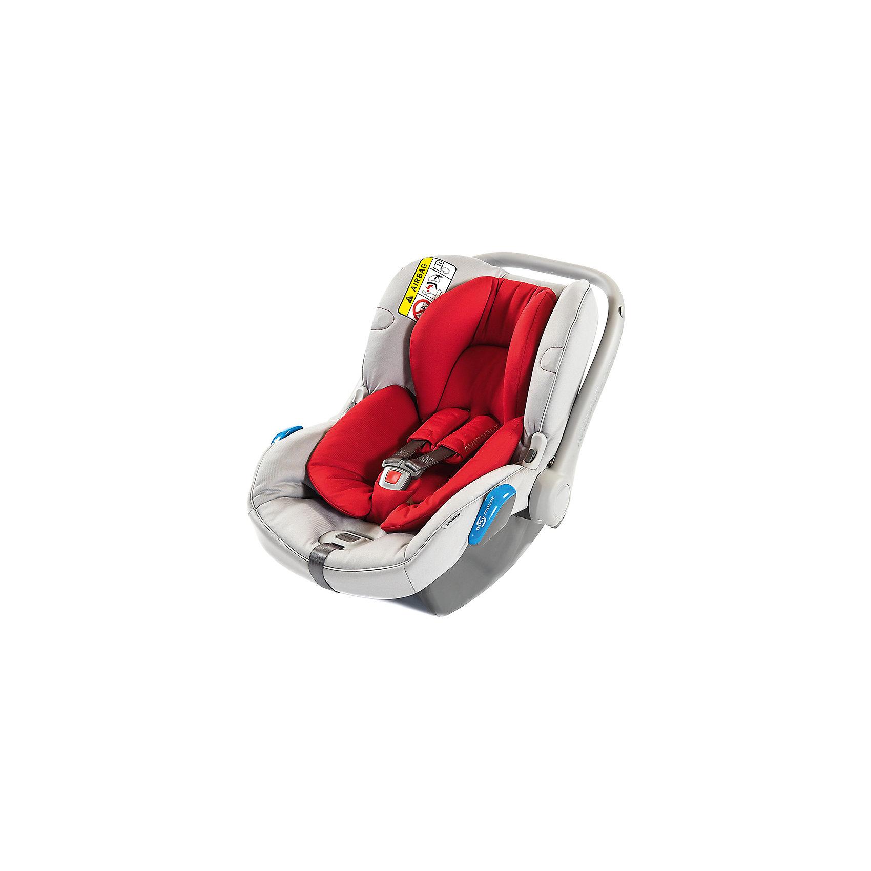 Автокресло Avionaut KITE, 0-13 кг, серый/красныйГруппа 0+ (До 13 кг)<br>Характеристики товара:<br><br>• группа автокресла: 0-0+;<br>• возраст: с рождения до 1 года;<br>• вес ребенка: 0-13 кг;<br>• материал: пластик, полиэстер;<br>• 3-х точечные ремни безопасности;<br>• установка автокресла: против хода движения;<br>• способ крепления: штатными ремнями автомобиля;<br>• размер автокресла: 62х55х43 см;<br>• вес автокресла: 3,25 кг;<br>• размер упаковки: 70х45х25 см;<br>• вес упаковки: 3,4 кг;<br>• страна производитель: Польша.<br><br>Автокресло Avionaut Kite серое/красное обеспечивает безопасную перевозку в машине малыша с самого рождения. Оно устанавливается только против движения автомобиля для достижения наилучшей защиты позвоночника, головы и шеи при ударе. Крепится штатными ремнями автомобиля, но также может фиксироваться при помощи креплений Isofix или на специальную базу Dock.<br><br>Для самых маленьких предусмотрен анатомический вкладыш, поддерживающий спину ребенка. Автокресло выполнено из полистирола, способного поглощать основную энергию удара при столкновении. Кресло оснащено регулируемой ручкой для переноски и козырьком для защиты от солнца. Универсальный адаптер позволяет устанавливать кресло на шасси колясок.<br><br>Автокресло Avionaut Kite серое/красное можно приобрести в нашем интернет-магазине.<br><br>Ширина мм: 700<br>Глубина мм: 450<br>Высота мм: 250<br>Вес г: 3250<br>Возраст от месяцев: -2147483648<br>Возраст до месяцев: 2147483647<br>Пол: Унисекс<br>Возраст: Детский<br>SKU: 5500126