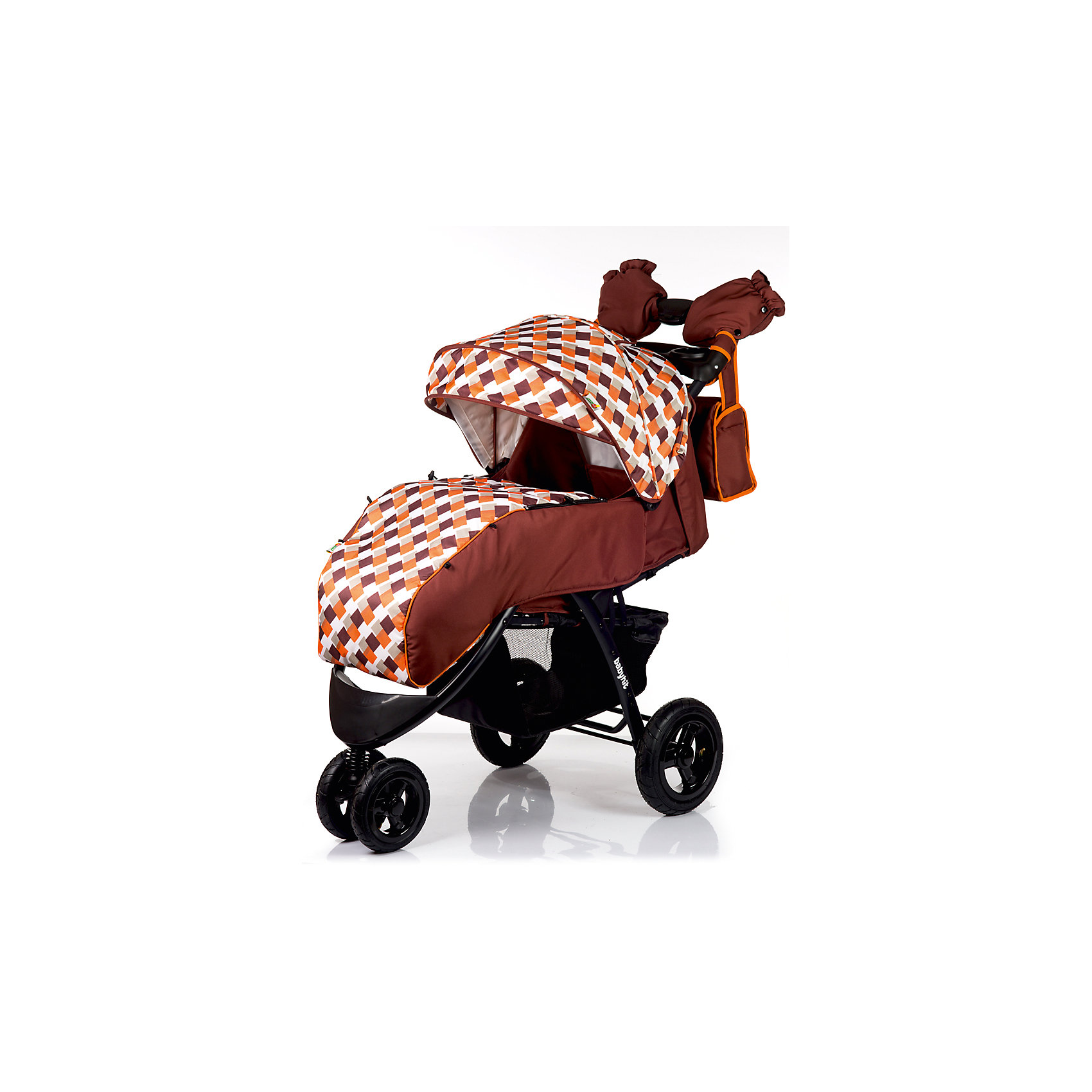 Прогулочная коляска BabyHit VOYAGE AIR, коричневый с оранжевымПрогулочные коляски<br>Характеристики коляски<br><br>Прогулочный блок:<br><br>• горизонтальное положение спинки, угол наклона 170 градусов;<br>• подножка регулируется и удлиняет спальное место;<br>• 5-ти точечные ремни безопасности;<br>• съемный защитный бампер с паховым ограничителем;<br>• столик с подстаканниками и бардачком на ручке;<br>• капюшон-батискаф, опускается до бамера;<br>• калюшон оснащен солнцезащитным козырьком и смотровым окошком;<br>• пластиковая подножка для подросшего малыша;<br>• материал: пластик, полиэстер;<br>• длина спального места: 89 см;<br>• ширина сиденья: 34 см<br>• высота спинки: 40 см;<br>• глубина сиденья: 25 см.<br><br>Рама коляски:<br><br>• коляска складывается вместе с прогулочным блоком по типу книжки;<br>• легко складывается одной рукой;<br>• коляска в сложенном виде стоит в вертикальном положении;<br>• имеется корзина для покупок;<br>• 3-х колесная коляска;<br>• колеса надувные;<br>• плавающее переднее колесо с фиксаторами;<br>• задние надувные колеса;<br>• диаметр колес: 19,5 см, 26 см;<br>• материал колес: псевдорезина;<br>• материал рамы: алюминий.<br><br>Размер коляски: 103х57х108 см<br>Размер коляски в сложенном виде: 100х57х34 см<br>Вес коляски: 13,1 кг<br>Размер упаковки: 51х48х30 см<br>Вес в упаковке: 16,8 кг<br><br>Дополнительные аксессуары, входящие в комплект:<br><br>• чехол на ножки;<br>• дождевик;<br>• москитная сетка;<br>• сумка для мамы;<br>• муфта для рук;<br>• инструкция.<br><br>Прогулочную коляску VOYAGE AIR, Babyhit, коричневую с оранжевым можно купить в нашем интернет-магазине.<br><br>Ширина мм: 480<br>Глубина мм: 300<br>Высота мм: 510<br>Вес г: 16850<br>Возраст от месяцев: 7<br>Возраст до месяцев: 36<br>Пол: Унисекс<br>Возраст: Детский<br>SKU: 5500319