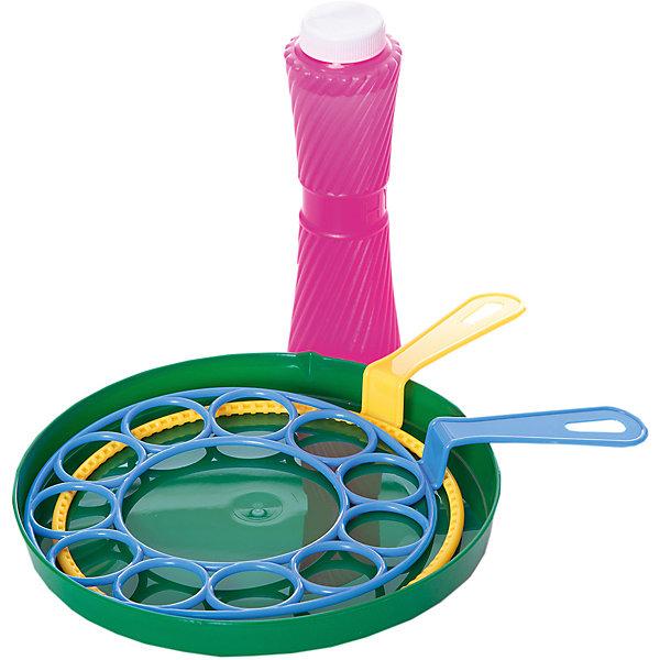 Мыльные пузыри Мерцающие пузырьки, в наборе, 250 мл, в коробке, ABtoysМыльные пузыри<br>Характеристики:<br><br>• тип игрушки: для отдыха;<br>• возраст: от 3 лет;<br>• комплектация: тарелочка, мыльный раствор, две формочки для выдувания;<br>• размер: 23x5x29 см;<br>• объем баночки с мыльным раствором: 250 мл.<br>• бренд: Abtoys;<br>• упаковка: блистер на картоне;<br>• материал: мыло, вода, пластик.<br><br>Мыльные пузыри из серии «Мерцающие пузырьки» в коробке, от бренда ABtoys станет отличным подарком для ребенка от трех лет. Набор обеспечит множество положительных эмоций любому ребенку. Выдувать, а потом ловить переливающиеся на солнышке радужные мыльные пузыри - одно из самых любимых занятий детей. В процессе выдувания мыльных пузырей ребенок будет учиться контролировать длительность и мощность вдоха и выдоха, что оказывает положительное влияние на развитие легких ребенка.<br><br>В комплект входят баночка с мыльным раствором, емкость для мыльного раствора, и две формы для создания множества пузырьков. Набор можно использовать как в помещении, так и на улице. Все составляющие комплекта выполнены из качественного яркого пластика. Мыльный раствор безопасен для детей, он не вызывает аллергических реакций и раздражения на коже.<br><br>Мыльные пузыри из серии «Мерцающие пузырьки» в коробке, от бренда ABtoys можно купить в нашем интернет-магазине.<br>Ширина мм: 260; Глубина мм: 225; Высота мм: 60; Вес г: 530; Возраст от месяцев: 36; Возраст до месяцев: 168; Пол: Мужской; Возраст: Детский; SKU: 5500954;