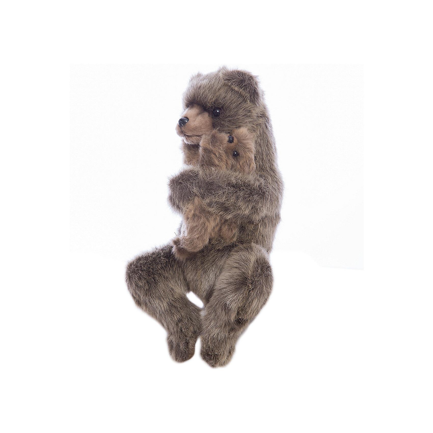 Медведица с медвежонком, 33 см, HansaМедвежата<br>Медведица с медвежонком, 33 см, Hansa (Ханса)<br><br>Характеристики:<br><br>• реалистичные детали<br>• прочный каркас<br>• приятная на ощупь<br>• размер игрушки: 33 см <br>• материал: искусственный мех<br>• размер упаковки: 13х23х8 см<br>• вес: 176 грамм<br><br>Мягкие игрушки Hansa имеют очень реалистичные детали. Медведица с медвежонком похожи на настоящих животных, встречающихся в дикой природе. Все детали тщательно продуманы для большей реалистичности. Прочный каркас придает игрушке прочность и устойчивость. Очаровательные медведи станут отличным дополнением к коллекции игрушек.<br><br>Медведицу с медвежонком, 33 см, Hansa (Ханса) можно купить в нашем интернет-магазине.<br><br>Ширина мм: 330<br>Глубина мм: 180<br>Высота мм: 150<br>Вес г: 175<br>Возраст от месяцев: 36<br>Возраст до месяцев: 2147483647<br>Пол: Унисекс<br>Возраст: Детский<br>SKU: 5503303