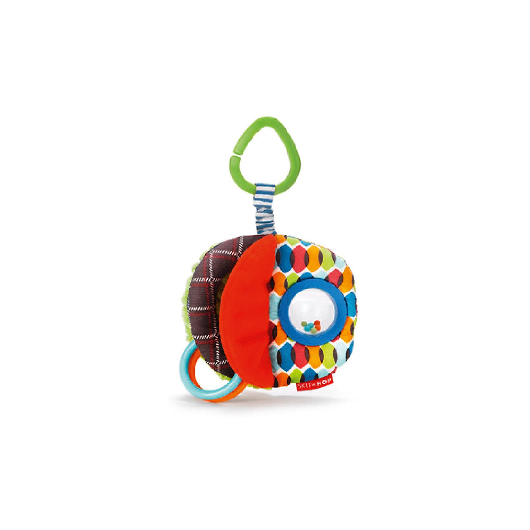 Развивающая игрушка-подвеска Мячик, Skip HopПодвески<br><br><br>Ширина мм: 139<br>Глубина мм: 228<br>Высота мм: 36<br>Вес г: 100<br>Возраст от месяцев: 6<br>Возраст до месяцев: 60<br>Пол: Унисекс<br>Возраст: Детский<br>SKU: 5516393
