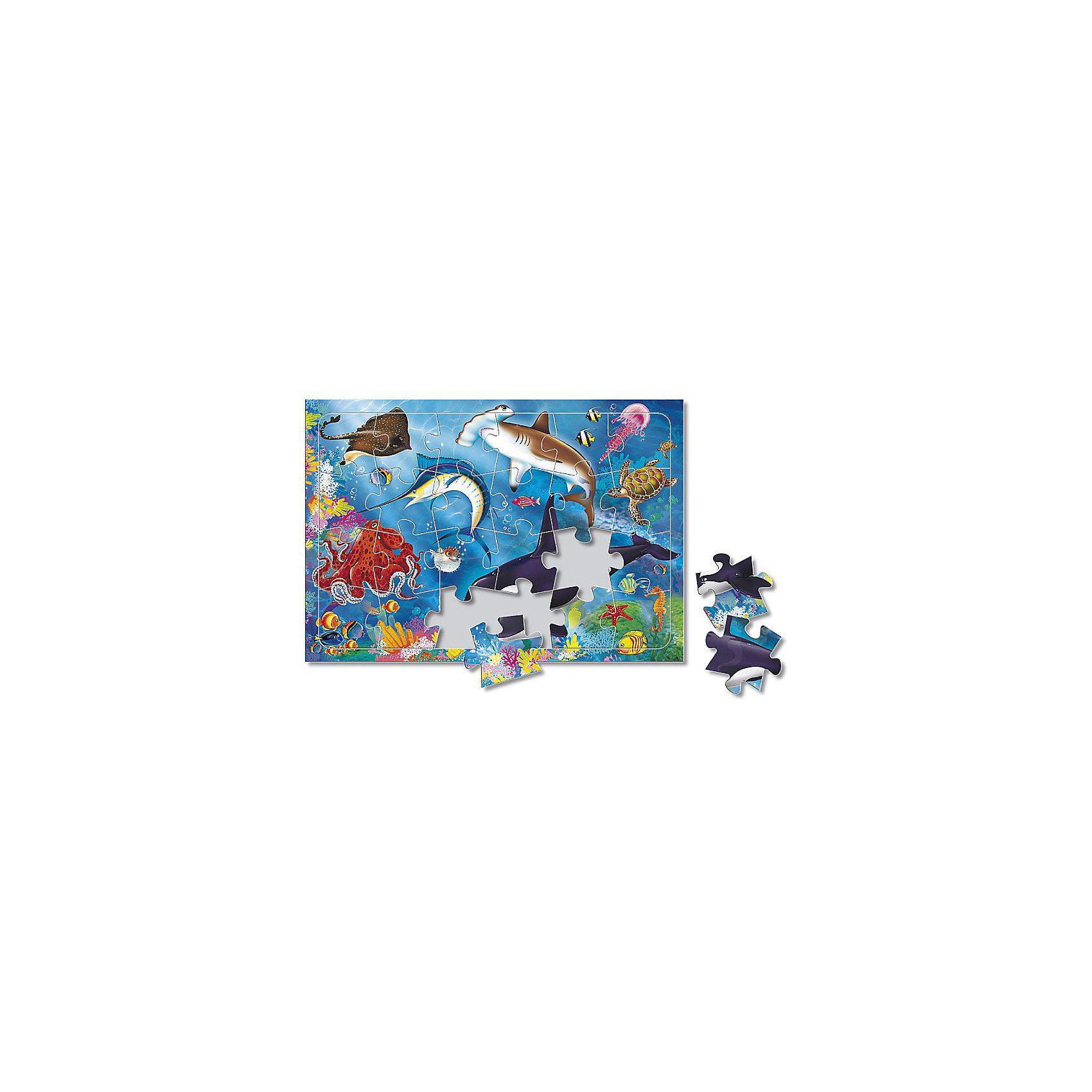 Пазл листовой на подложке В море, 24 деталиПазлы для малышей<br>Характеристики товара:<br><br>• возраст от 3 лет;<br>• материал: картон;<br>• в комплекте: 24 детали;<br>• размер пазла 20х28,5 см;<br>• размер упаковки 29х20х5 см;<br>• страна производитель: Россия.<br><br>Пазл листовой на подложке «В море» ГеоДом позволит малышам весело и увлекательно провести время, собирая яркую картинку. Малыш не только интересно проведет время, но и познакомится с морскими обитателями. В процессе сборки пазла у малышей развивается пространственное мышление, моторика рук, внимательность.<br><br>Пазл листовой на подложке «В море» ГеоДом можно приобрести в нашем интернет-магазине.<br><br>Ширина мм: 290<br>Глубина мм: 200<br>Высота мм: 50<br>Вес г: 132<br>Возраст от месяцев: 36<br>Возраст до месяцев: 2147483647<br>Пол: Унисекс<br>Возраст: Детский<br>SKU: 5518185