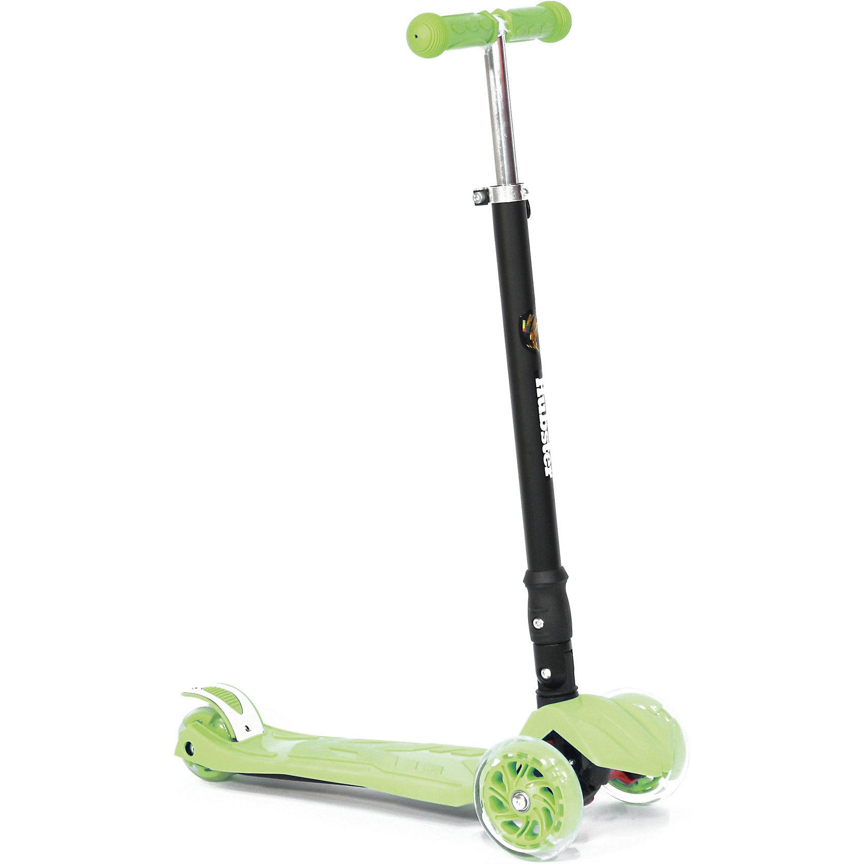 Самокат Hubster Maxi Plus Flash,  зеленыйСамокаты<br>Возраст: 3+<br>Вес: 2,5 кг. Максимальная нагрузка: 50 кг<br>Рама: алюминий, пластик, резина, ПУ материалы<br>Размер колес: 120 х 24 мм, задние 80 мм<br>Тормоз: Ножной<br>Ширина руля: 26 см<br>Регулируемая высота руля: 65 - 88 см<br>Длина платформы: 32 см<br>Ширина платформы: 13 см<br>Длина самоката: 57 см<br>Грипсы: Травмобезопасные с защитной подушечкой<br>Объем: 0.02 м?<br>светящиеся колеса<br><br>Ширина мм: 590<br>Глубина мм: 280<br>Высота мм: 150<br>Вес г: 3100<br>Возраст от месяцев: 36<br>Возраст до месяцев: 60<br>Пол: Унисекс<br>Возраст: Детский<br>SKU: 5518967