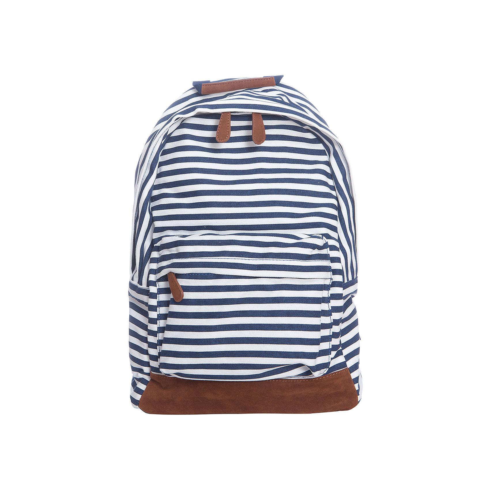 Рюкзак  BUTTON BLUEРюкзак  BUTTON BLUE<br>Мягкие текстильные рюкзаки - хит сезона! Они с легкостью вытеснили из детского гардероба привычные сумки через плечо, сделав весенне-летний образ ребенка более спортивным и динамичным. Не сомневайтесь, желая купить недорого стильный детский рюкзак отличного качества! Это возможно! Синий рюкзак в полоску от Button Blue - прекрасный летний вариант для комфорта и настроения.<br>Состав:<br>канвас, искусственная замша<br><br>Ширина мм: 227<br>Глубина мм: 11<br>Высота мм: 226<br>Вес г: 350<br>Цвет: разноцветный<br>Возраст от месяцев: 0<br>Возраст до месяцев: 168<br>Пол: Унисекс<br>Возраст: Детский<br>Размер: one size<br>SKU: 5523944
