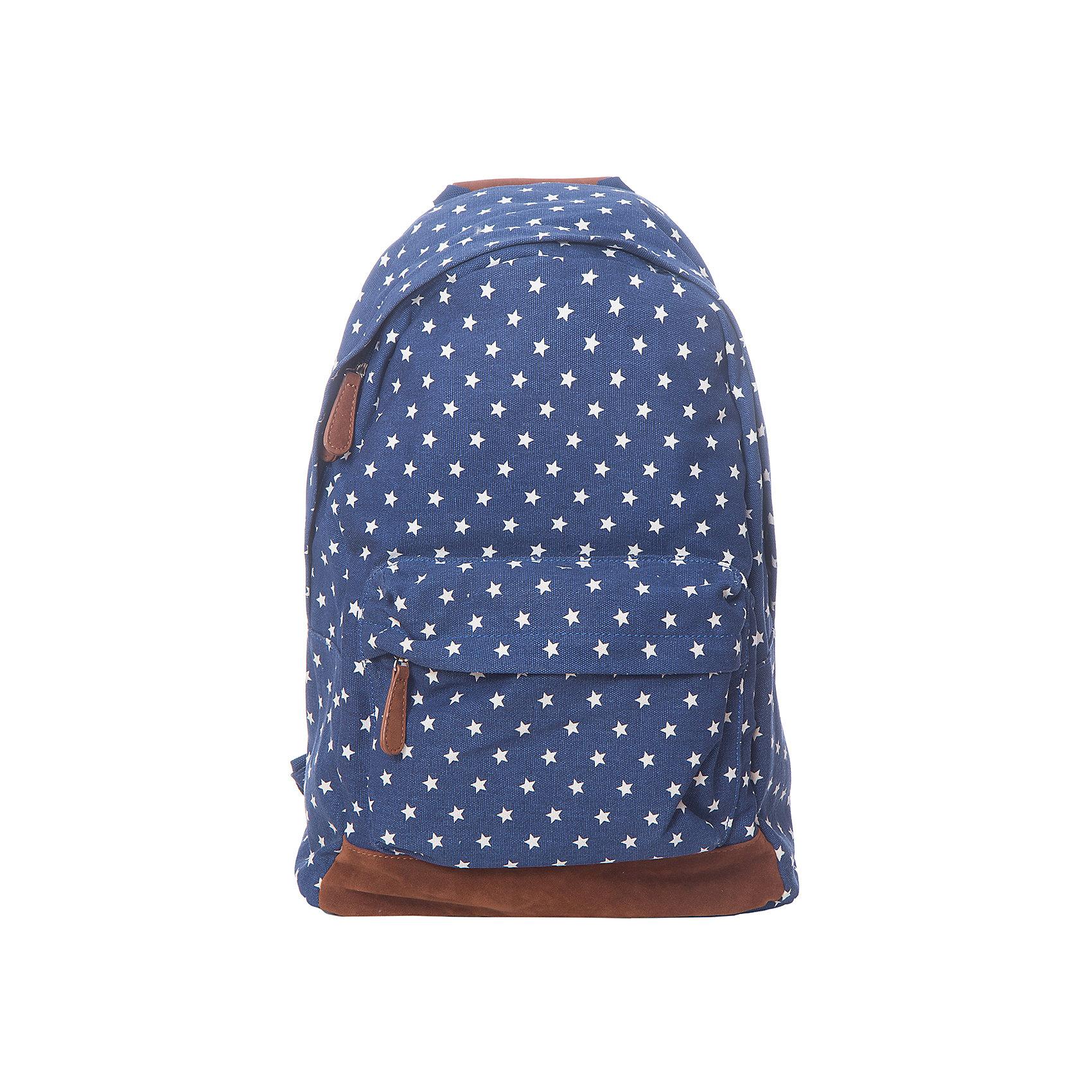 Рюкзак  BUTTON BLUEАксессуары<br>Рюкзак  BUTTON BLUE<br>Мягкие текстильные рюкзаки - хит сезона! Они с легкостью вытеснили из детского гардероба привычные сумки через плечо, сделав весенне-летний образ ребенка более спортивным и динамичным. Не сомневайтесь, желая купить недорого стильный детский рюкзак отличного качества! Это возможно! Синий рюкзак с мелким рисунком от Button Blue - прекрасный летний вариант для комфорта и настроения.<br>Состав:<br>канвас, искусственная замша<br><br>Ширина мм: 227<br>Глубина мм: 11<br>Высота мм: 226<br>Вес г: 350<br>Цвет: синий<br>Возраст от месяцев: 0<br>Возраст до месяцев: 168<br>Пол: Унисекс<br>Возраст: Детский<br>Размер: one size<br>SKU: 5523946