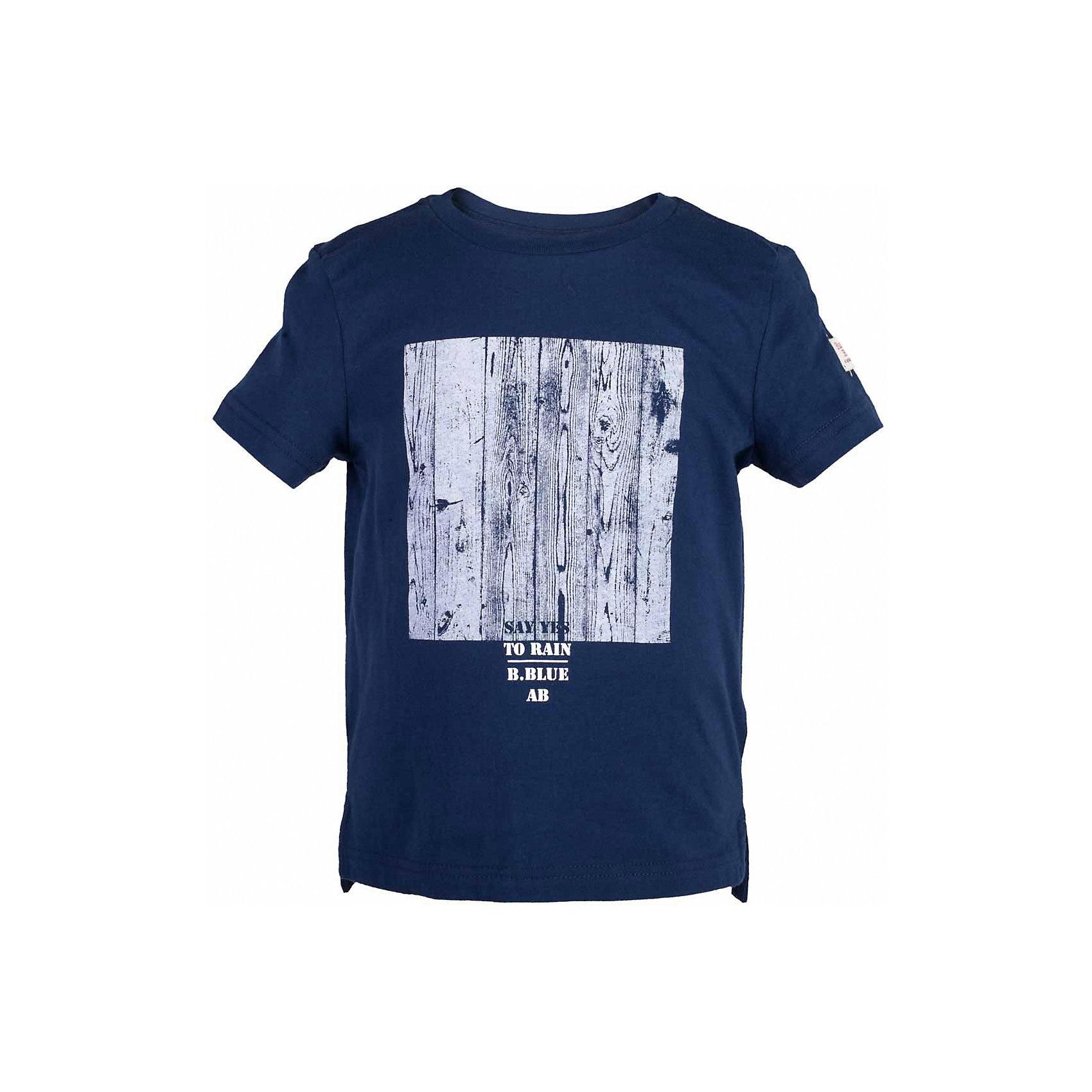 Футболка для мальчика  BUTTON BLUEФутболки, поло и топы<br>Футболка для мальчика  BUTTON BLUE<br>Синяя футболка с крупным принтом - не только базовая вещь в гардеробе ребенка, но и основа модного летнего образа! Если вы решили купить недорогую футболку для мальчика, выберете футболку от Button Blue! Низкая цена изделия не окажет влияния на бюджет семьи, позволив создать интересный гардероб для долгожданных каникул! Высокое качество подарит удобство, комфорт и принесет удовольствие от покупки.<br>Состав:<br>100%  хлопок<br><br>Ширина мм: 199<br>Глубина мм: 10<br>Высота мм: 161<br>Вес г: 151<br>Цвет: синий<br>Возраст от месяцев: 36<br>Возраст до месяцев: 48<br>Пол: Мужской<br>Возраст: Детский<br>Размер: 116,110,128,122,104,98,158,152,146,140,134<br>SKU: 5524221