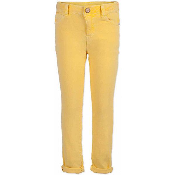 Брюки для мальчика  BUTTON BLUEБрюки<br>Брюки для мальчика  BUTTON BLUE<br>Яркие брюки - залог стильного образа для каждого дня лета. Отличные брюки из хлопка с эластаном гарантируют прекрасный внешний вид, комфорт и свободу движений. В компании с любой майкой, футболкой, джемпером брюки составят достойный летний комплект. Если вы хотите купить недорогие детские брюки, не сомневаясь в их качестве, высоких потребительских свойствах и соответствии модным трендам, брюки для мальчика от Button Blue - лучший вариант!<br>Состав:<br>97% хлопок 3%эластан<br>Ширина мм: 215; Глубина мм: 88; Высота мм: 191; Вес г: 336; Цвет: желтый; Возраст от месяцев: 108; Возраст до месяцев: 120; Пол: Мужской; Возраст: Детский; Размер: 140,134,128,122,116,104,158,98,152,146; SKU: 5524668;