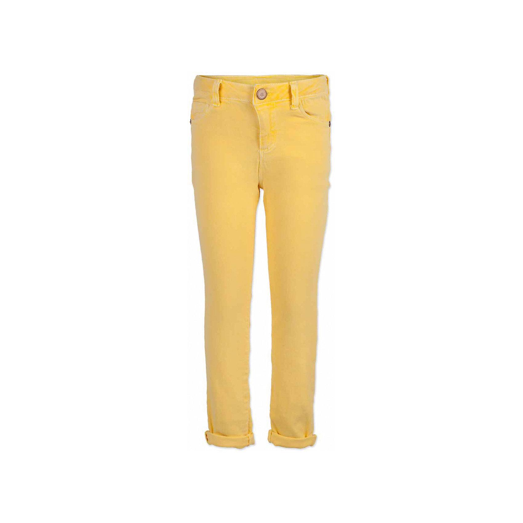 Брюки для мальчика  BUTTON BLUEБрюки для мальчика  BUTTON BLUE<br>Яркие брюки - залог стильного образа для каждого дня лета. Отличные брюки из хлопка с эластаном гарантируют прекрасный внешний вид, комфорт и свободу движений. В компании с любой майкой, футболкой, джемпером брюки составят достойный летний комплект. Если вы хотите купить недорогие детские брюки, не сомневаясь в их качестве, высоких потребительских свойствах и соответствии модным трендам, брюки для мальчика от Button Blue - лучший вариант!<br>Состав:<br>97% хлопок 3%эластан<br><br>Ширина мм: 215<br>Глубина мм: 88<br>Высота мм: 191<br>Вес г: 336<br>Цвет: желтый<br>Возраст от месяцев: 144<br>Возраст до месяцев: 156<br>Пол: Мужской<br>Возраст: Детский<br>Размер: 158,98,104,116,122,128,134,140,146,152<br>SKU: 5524668