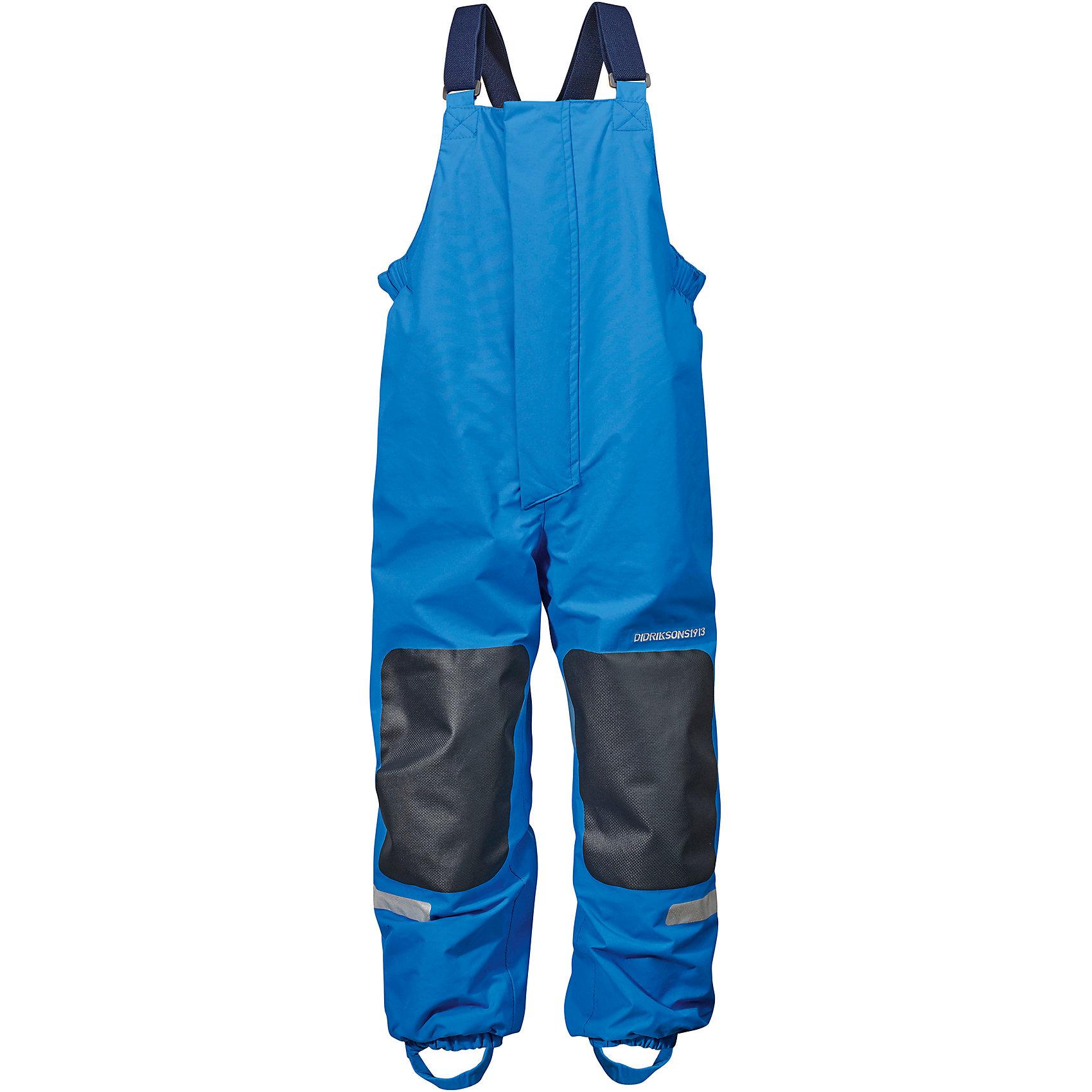Непромокаемые брюки CHANING для мальчика DIDRIKSONSВерхняя одежда<br>Брюки из непромокаемой и непродуваемой мембранной ткани. Все швы проклеены, что обеспечивает максимальную защиту от внешней влаги. Подкладка из полиэстера. Молния под планкой. Несъемные лямки. Регулируемые резинки для обуви.  Светоотражатели. Модель растет вместе с ребенком: уникальный крой изделия позволяет при необходимости увеличить длину штанин на один размер, распустив специальный внутренний шов. Практичная демисезонная модель - идеальный вариант для прогулок на свежем воздухе в весеннюю или осеннюю пору.  <br>Состав:<br>Верх - 100% полиамид, подкладка - 100% полиэстер<br><br>Ширина мм: 215<br>Глубина мм: 88<br>Высота мм: 191<br>Вес г: 336<br>Цвет: голубой<br>Возраст от месяцев: 96<br>Возраст до месяцев: 108<br>Пол: Мужской<br>Возраст: Детский<br>Размер: 130,120,140<br>SKU: 5527234