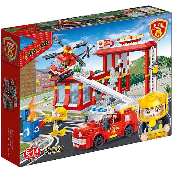 Конструктор Пожарная станция, 505 дет., BanBaoПластмассовые конструкторы<br>Характеристики:<br><br>• тип игрушки: конструктор;<br>• возраст: от 6 лет;<br>• количество деталей: 505 шт; <br>• размер: 40х30х7 см;<br>• бренд: BanBao;<br>• упаковка: картонная коробка;<br>• материал: пластик.<br><br>Конструктор «Пожарная станция»  505 дет., BanBao познакомит ребенка с интересным занятием. В набор входят элементы в количестве 505 штук, которые легко стыкуются между собой креплению. Детали сделаны из нетоксичного пластика и отличаются высокой прочностью и износоустойчивостью.<br><br>Из многочисленных деталей конструктора ребёнок сможет собрать тематическую композицию, которая состоит из пожарной станции, специальной машины, оборудованной выдвижной лестницей и вертолета. В комплекте находится 4 игровые фигурки пожарников, у них подвижные руки, в которые можно вложить игровые аксессуары.<br>Занятия с конструктором развивают концентрацию внимания, усидчивость, логическое и пространственное мышление, а также совершенствуют моторику рук. Этот набор подойдет для детей от 6 лет и старше.<br><br>Конструктор «Пожарная станция» 505 дет., BanBao можно купить в нашем интернет-магазине.<br>Ширина мм: 400; Глубина мм: 300; Высота мм: 70; Вес г: 1200; Возраст от месяцев: 60; Возраст до месяцев: 1188; Пол: Мужской; Возраст: Детский; SKU: 5528510;