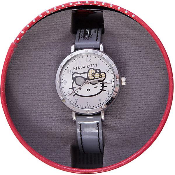 Часы наручные аналоговые, Hello KittyАксессуары<br>Эксклюзивные наручные аналоговые часы торговой марки Hello Kitty выполнены по индивидуальному дизайну ООО «Детское Время» и лицензии компании Sanrio. Обилие деталей - декоративных элементов (страз, мерцающих ремешков), надписей,  уникальных изображений - делают изделие тщательно продуманным творением мастеров. Часы имеют высококачественный японский кварцевый механизм и отличаются надежностью и точностью хода. Часы водоустойчивы и обладают достаточной герметичностью, чтобы спокойно перенести случайный и незначительный контакт с жидкостями (дождь, брызги), но они не предназначены для плавания или погружения в воду. Циферблат защищен от повреждений прочным минеральным стеклом. Корпус часов выполнен из стали,  задняя крышка из нержавеющей стали. Материал браслета: искусственная кожа. Единица товара упаковывается в стильную подарочную коробочку. Неповторимый стиль с изобилием насыщенных и в тоже время нежных гамм; надежность и прочность изделия позволяют говорить о нем только в превосходной степени!<br><br>Ширина мм: 55<br>Глубина мм: 10<br>Высота мм: 250<br>Вес г: 27<br>Возраст от месяцев: 36<br>Возраст до месяцев: 72<br>Пол: Женский<br>Возраст: Детский<br>SKU: 5529330