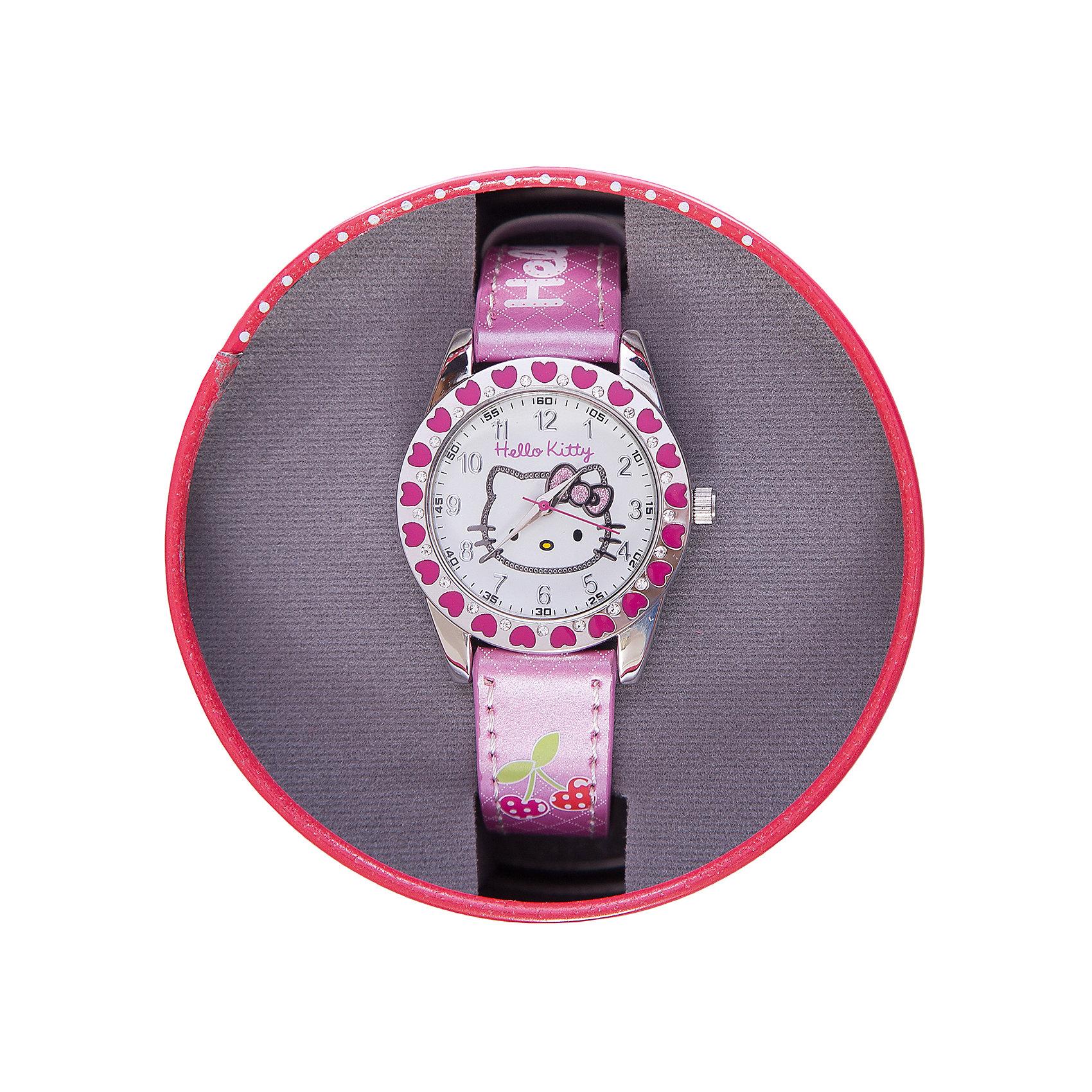 Часы наручные аналоговые, Hello KittyHello Kitty<br>Эксклюзивные наручные аналоговые часы торговой марки Hello Kitty выполнены по индивидуальному дизайну ООО «Детское Время» и лицензии компании Sanrio. Обилие деталей - декоративных элементов (страз, мерцающих ремешков), надписей,  уникальных изображений - делают изделие тщательно продуманным творением мастеров. Часы имеют высококачественный японский кварцевый механизм и отличаются надежностью и точностью хода. Часы водоустойчивы и обладают достаточной герметичностью, чтобы спокойно перенести случайный и незначительный контакт с жидкостями (дождь, брызги), но они не предназначены для плавания или погружения в воду. Циферблат защищен от повреждений прочным минеральным стеклом. Корпус часов выполнен из стали,  задняя крышка из нержавеющей стали. Материал браслета: искусственная кожа. Единица товара упаковывается в стильную подарочную коробочку. Неповторимый стиль с изобилием насыщенных и в тоже время нежных гамм; надежность и прочность изделия позволяют говорить о нем только в превосходной степени!<br><br>Ширина мм: 55<br>Глубина мм: 10<br>Высота мм: 250<br>Вес г: 30<br>Возраст от месяцев: 36<br>Возраст до месяцев: 72<br>Пол: Женский<br>Возраст: Детский<br>SKU: 5529334