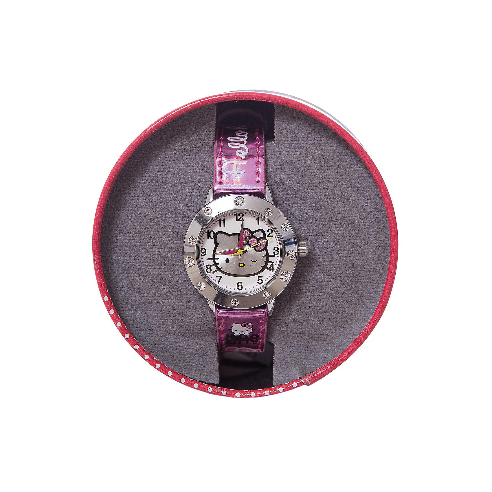 Часы наручные аналоговые, Hello KittyHello Kitty<br>Эксклюзивные наручные аналоговые часы торговой марки Hello Kitty выполнены по индивидуальному дизайну ООО «Детское Время» и лицензии компании Sanrio. Обилие деталей - декоративных элементов (страз, мерцающих ремешков), надписей,  уникальных изображений - делают изделие тщательно продуманным творением мастеров. Часы имеют высококачественный японский кварцевый механизм и отличаются надежностью и точностью хода. Часы водоустойчивы и обладают достаточной герметичностью, чтобы спокойно перенести случайный и незначительный контакт с жидкостями (дождь, брызги), но они не предназначены для плавания или погружения в воду. Циферблат защищен от повреждений прочным минеральным стеклом. Корпус часов выполнен из стали,  задняя крышка из нержавеющей стали. Материал браслета: искусственная кожа. Единица товара упаковывается в стильную подарочную коробочку. Неповторимый стиль с изобилием насыщенных и в тоже время нежных гамм; надежность и прочность изделия позволяют говорить о нем только в превосходной степени!<br><br>Ширина мм: 55<br>Глубина мм: 10<br>Высота мм: 250<br>Вес г: 29<br>Возраст от месяцев: 36<br>Возраст до месяцев: 72<br>Пол: Женский<br>Возраст: Детский<br>SKU: 5529337