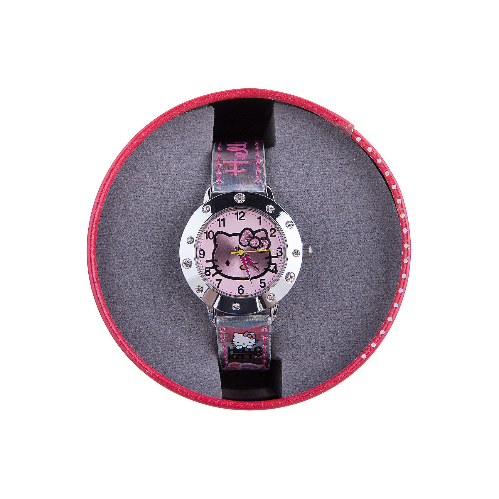 Часы наручные аналоговые, Hello KittyHello Kitty<br>Эксклюзивные наручные аналоговые часы торговой марки Hello Kitty выполнены по индивидуальному дизайну ООО «Детское Время» и лицензии компании Sanrio. Обилие деталей - декоративных элементов (страз, мерцающих ремешков), надписей,  уникальных изображений - делают изделие тщательно продуманным творением мастеров. Часы имеют высококачественный японский кварцевый механизм и отличаются надежностью и точностью хода. Часы водоустойчивы и обладают достаточной герметичностью, чтобы спокойно перенести случайный и незначительный контакт с жидкостями (дождь, брызги), но они не предназначены для плавания или погружения в воду. Циферблат защищен от повреждений прочным минеральным стеклом. Корпус часов выполнен из стали,  задняя крышка из нержавеющей стали. Материал браслета: искусственная кожа. Единица товара упаковывается в стильную подарочную коробочку. Неповторимый стиль с изобилием насыщенных и в тоже время нежных гамм; надежность и прочность изделия позволяют говорить о нем только в превосходной степени!<br><br>Ширина мм: 55<br>Глубина мм: 10<br>Высота мм: 250<br>Вес г: 29<br>Возраст от месяцев: 36<br>Возраст до месяцев: 72<br>Пол: Женский<br>Возраст: Детский<br>SKU: 5529338