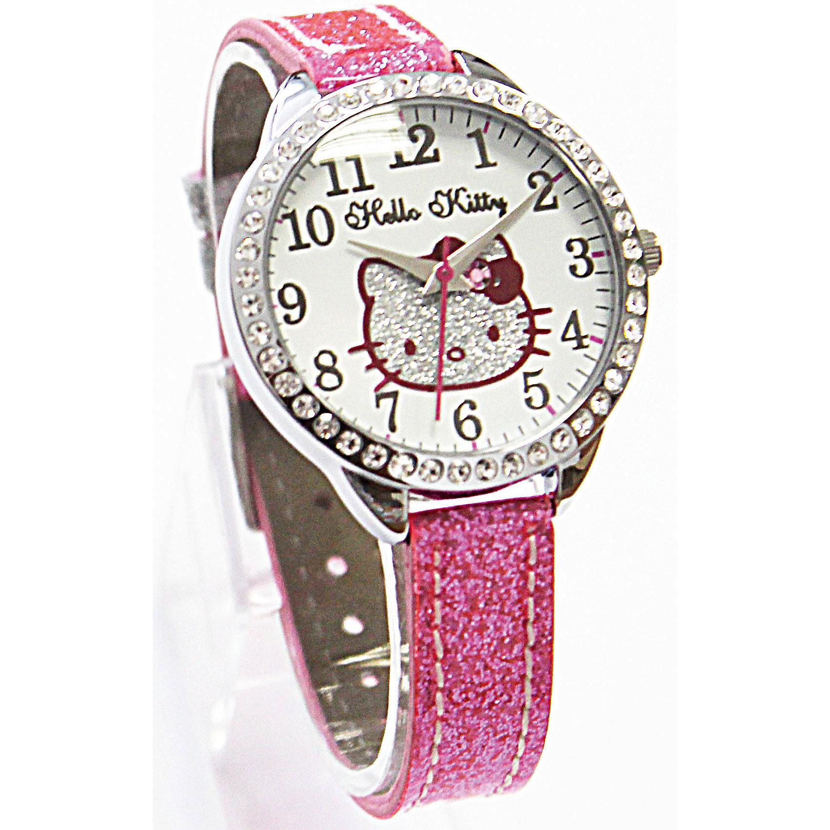 Часы наручные аналоговые, Hello KittyHello Kitty<br>Эксклюзивные наручные аналоговые часы торговой марки Hello Kitty выполнены по индивидуальному дизайну ООО «Детское Время» и лицензии компании Sanrio. Обилие деталей - декоративных элементов (страз, мерцающих ремешков), надписей,  уникальных изображений - делают изделие тщательно продуманным творением мастеров. Часы имеют высококачественный японский кварцевый механизм и отличаются надежностью и точностью хода. Часы водоустойчивы и обладают достаточной герметичностью, чтобы спокойно перенести случайный и незначительный контакт с жидкостями (дождь, брызги), но они не предназначены для плавания или погружения в воду. Циферблат защищен от повреждений прочным минеральным стеклом. Корпус часов выполнен из стали,  задняя крышка из нержавеющей стали. Материал браслета: искусственная кожа. Единица товара упаковывается в стильную подарочную коробочку. Неповторимый стиль с изобилием насыщенных и в тоже время нежных гамм; надежность и прочность изделия позволяют говорить о нем только в превосходной степени!<br><br>Ширина мм: 55<br>Глубина мм: 10<br>Высота мм: 250<br>Вес г: 22<br>Возраст от месяцев: 36<br>Возраст до месяцев: 72<br>Пол: Женский<br>Возраст: Детский<br>SKU: 5529341