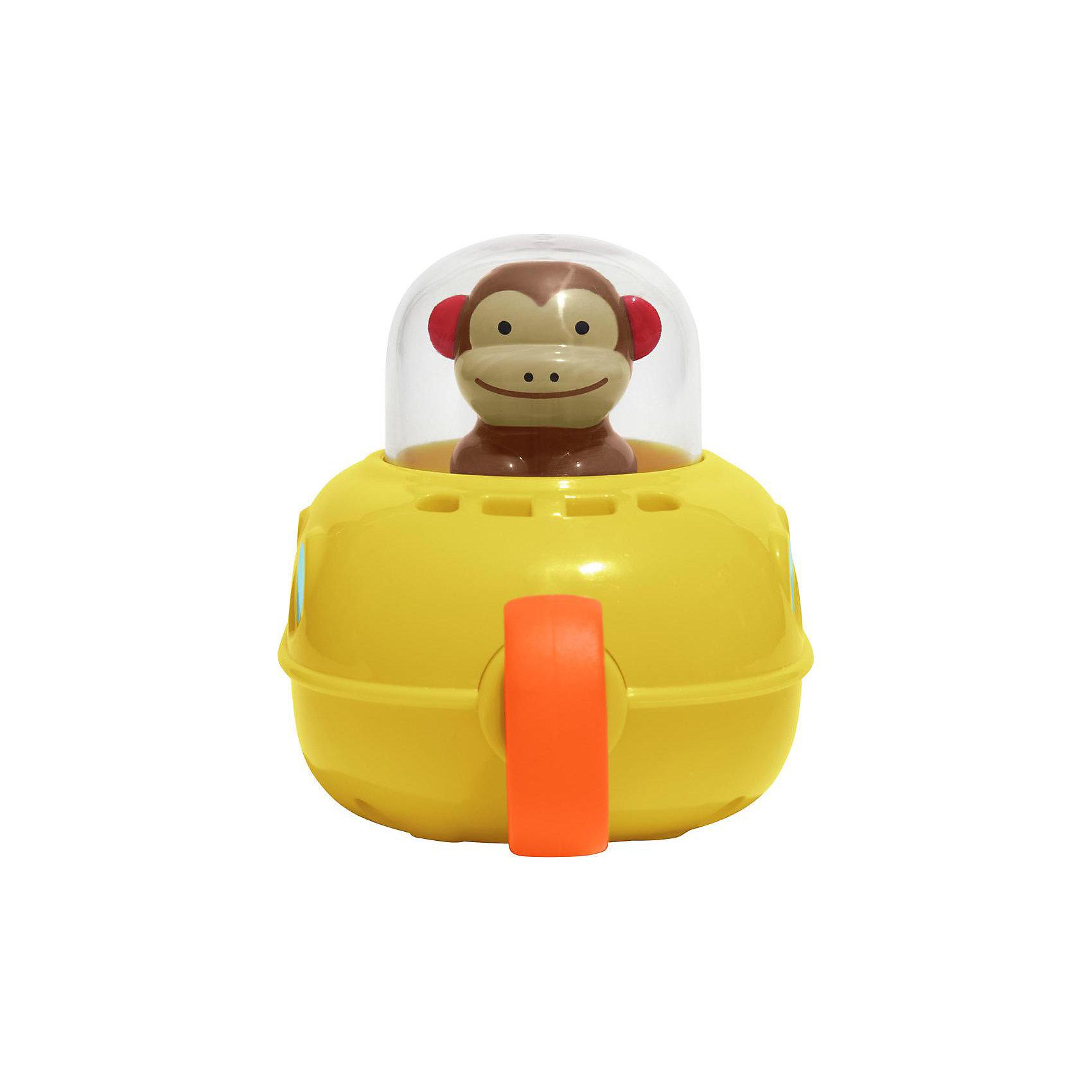 Игрушка для ванной Субмарина, Skip HopДинамические игрушки<br>Характеристики товара:<br><br>• возраст от 1 года<br>• материал: пластик<br>• вращающийся винтик<br>• для завода надо потянуть за колечко<br>• размер упаковки 11,5х9,5х7,6 см<br>• вес упаковки 324 г.<br>• страна бренда: США<br>• страна производитель: Китай<br><br>Игрушка для ванной «Субмарина» Skip Hop сделает процесс купания веселым и увлекательным. Оно представляет собой подводную лодку с обезьянкой за ее штурвалом. Потянув за колечко на носу субмарины, винт закрутится, и лодка поплывет. Игрушка развивает у малышей тактильные ощущения, мелкую моторику рук, зрительное восприятие.<br><br>Игрушку для ванной «Субмарина» Skip Hop можно приобрести в нашем интернет-магазине.<br><br>Ширина мм: 115<br>Глубина мм: 76<br>Высота мм: 95<br>Вес г: 324<br>Возраст от месяцев: 6<br>Возраст до месяцев: 60<br>Пол: Унисекс<br>Возраст: Детский<br>SKU: 5543586