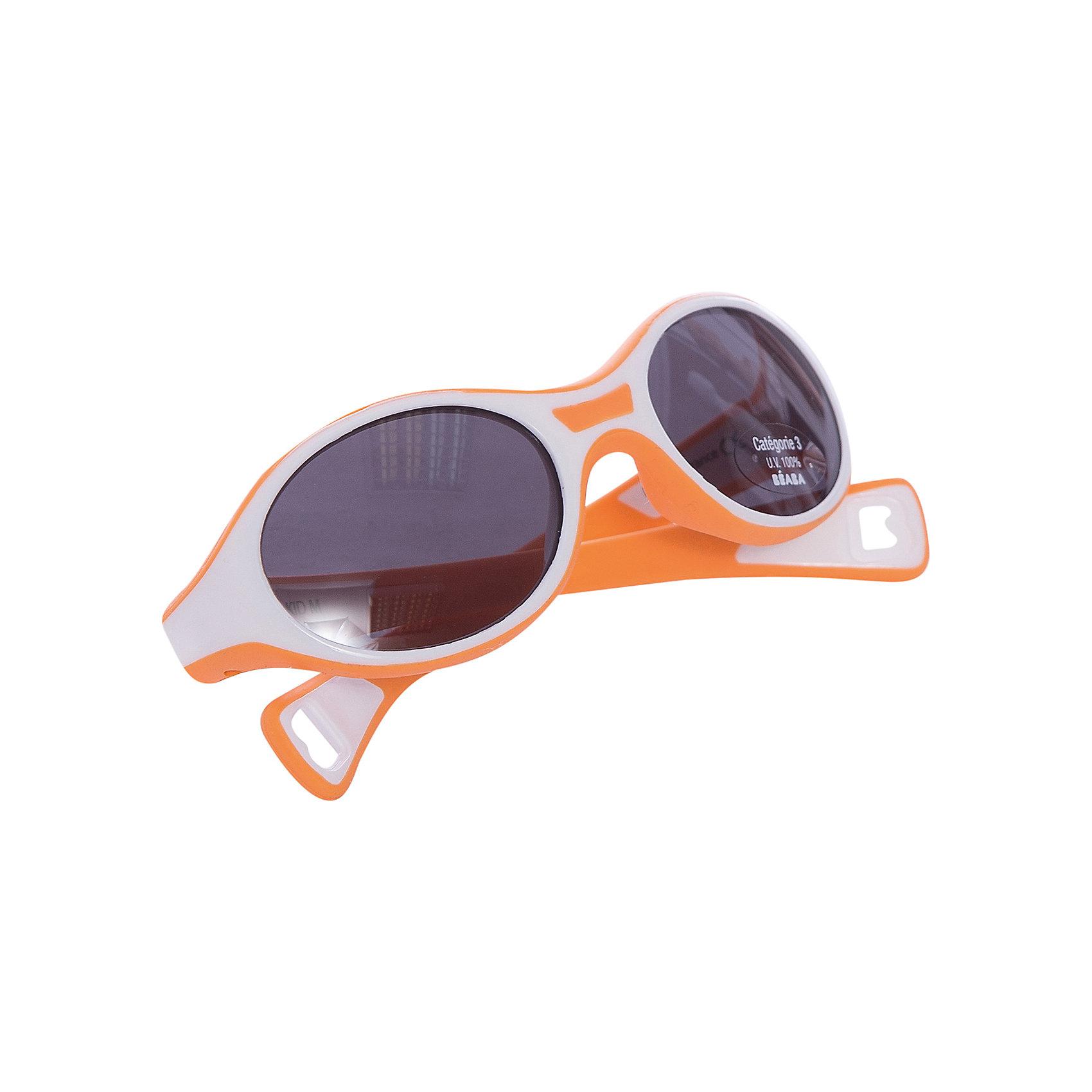 Солнцезащитные очки Sungalesses Baby 360°, р-р М, Beaba, оранжевыйСолнцезащитные очки<br>Французская пластиковая долина: Ойонна : <br>Настоящее ноу-хау для Франции и всего мира<br>Специализированная экспертиза. Весомые аргументы для наших покупателей: <br>Дизайн, пресс-формы, и сборка – всё делается во Франции<br>Неоспоримое конкурентное преимущество над другими очками<br>Гарантия качества в мире оптики<br>Множество сертификатов. Соответствие стандартам очков ISO 12311-1   ISO 12312-1 (стандарты 2015)<br>Гибкий каркас из полипропилена и ABS <br>Короткие дужки для удержания очков в сидячей коляске.Категория 3 : сильная защита, затемнённые линзы, подходящие для отдыха на море и в горах. Новое направление стратегии B?aba : <br>Использование линз 3-й категории в наших очках (за исключением малышей с очень чувствительными глазами)<br>Стёкла пропускают 27-30% света ? дети наконец-то не пытаются снять очки ! <br>100% защита от УФ-лучей <br>Реальное конкурентное преимущество – настоящее ноу-хау благодаря техническим аспектам.<br><br>Ширина мм: 150<br>Глубина мм: 40<br>Высота мм: 80<br>Вес г: 40<br>Возраст от месяцев: 12<br>Возраст до месяцев: 24<br>Пол: Унисекс<br>Возраст: Детский<br>SKU: 5543595
